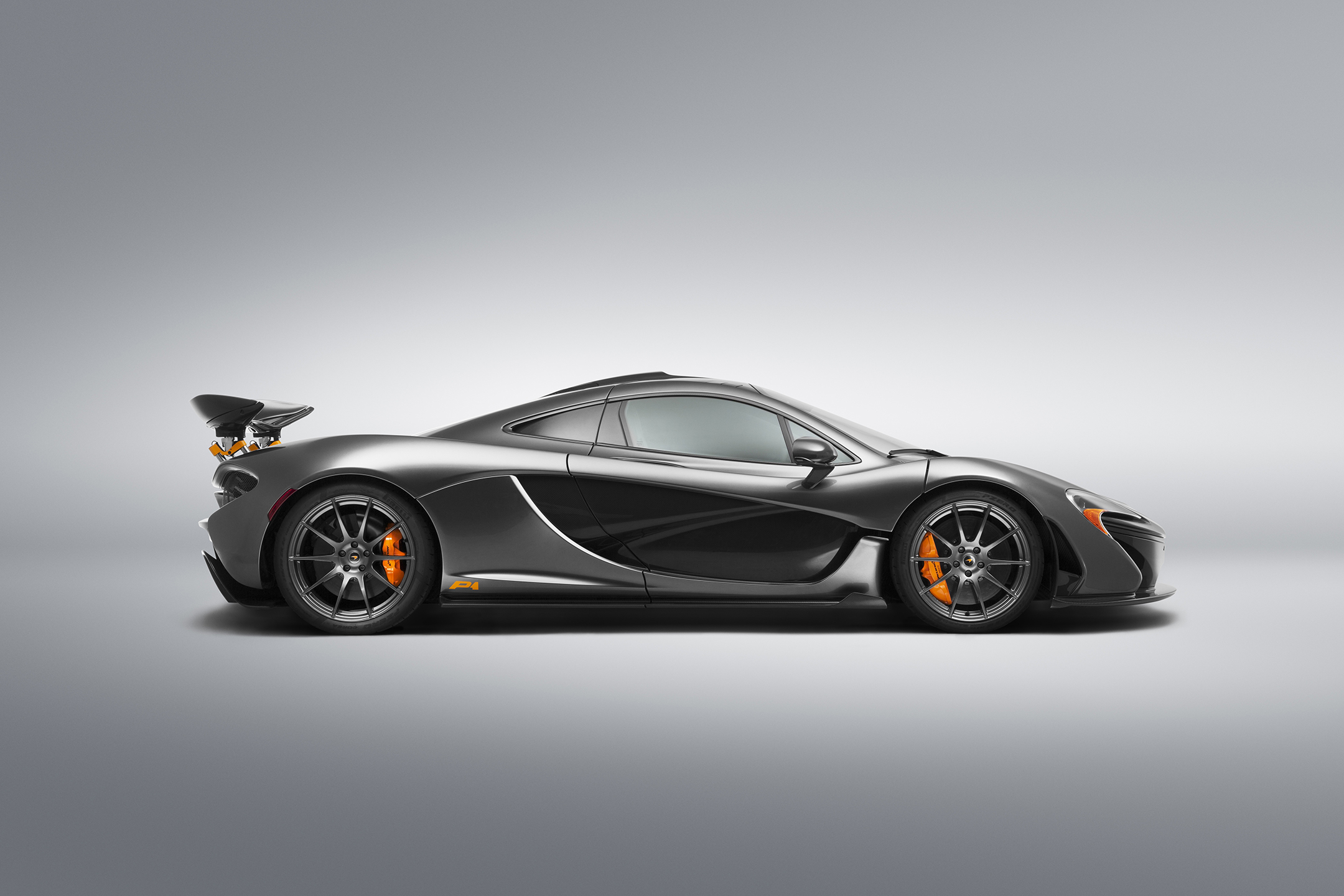 McLaren P1 MSO - 2015 - side-face / profil