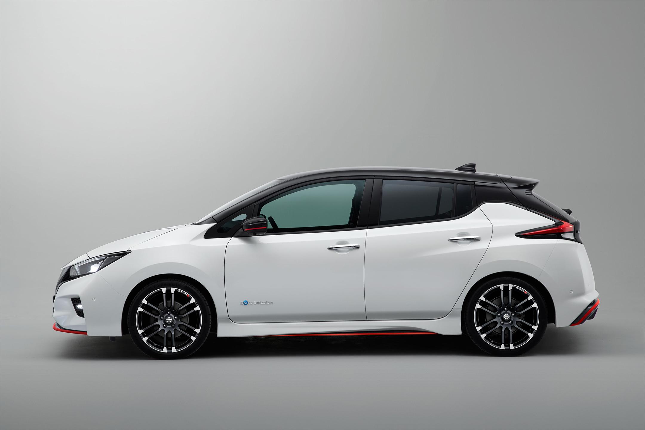 Nissan LEAF NISMO Concept - 2017 - side-face / profil