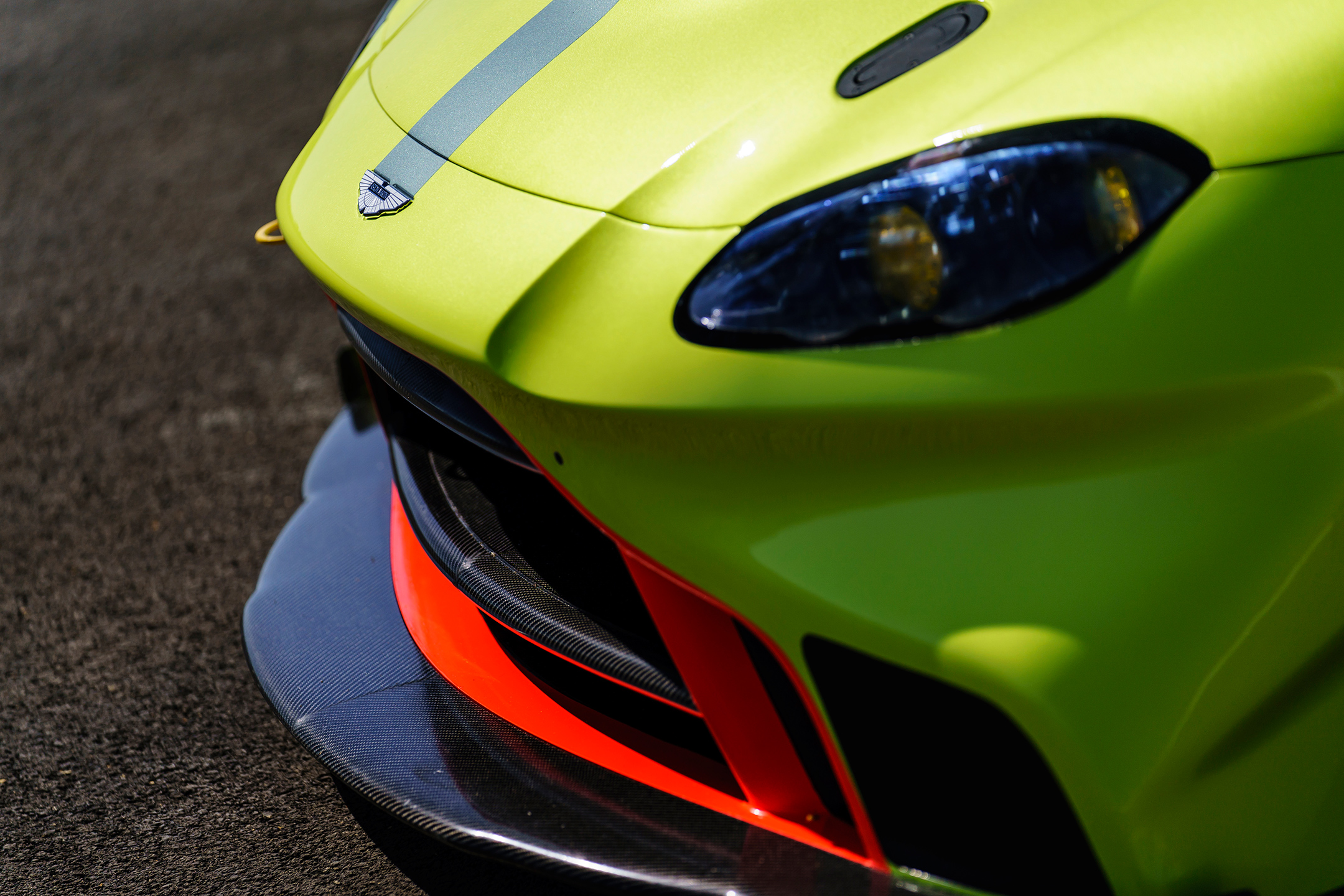 Aston Martin Racing Vantage GTE - 2018 - front light