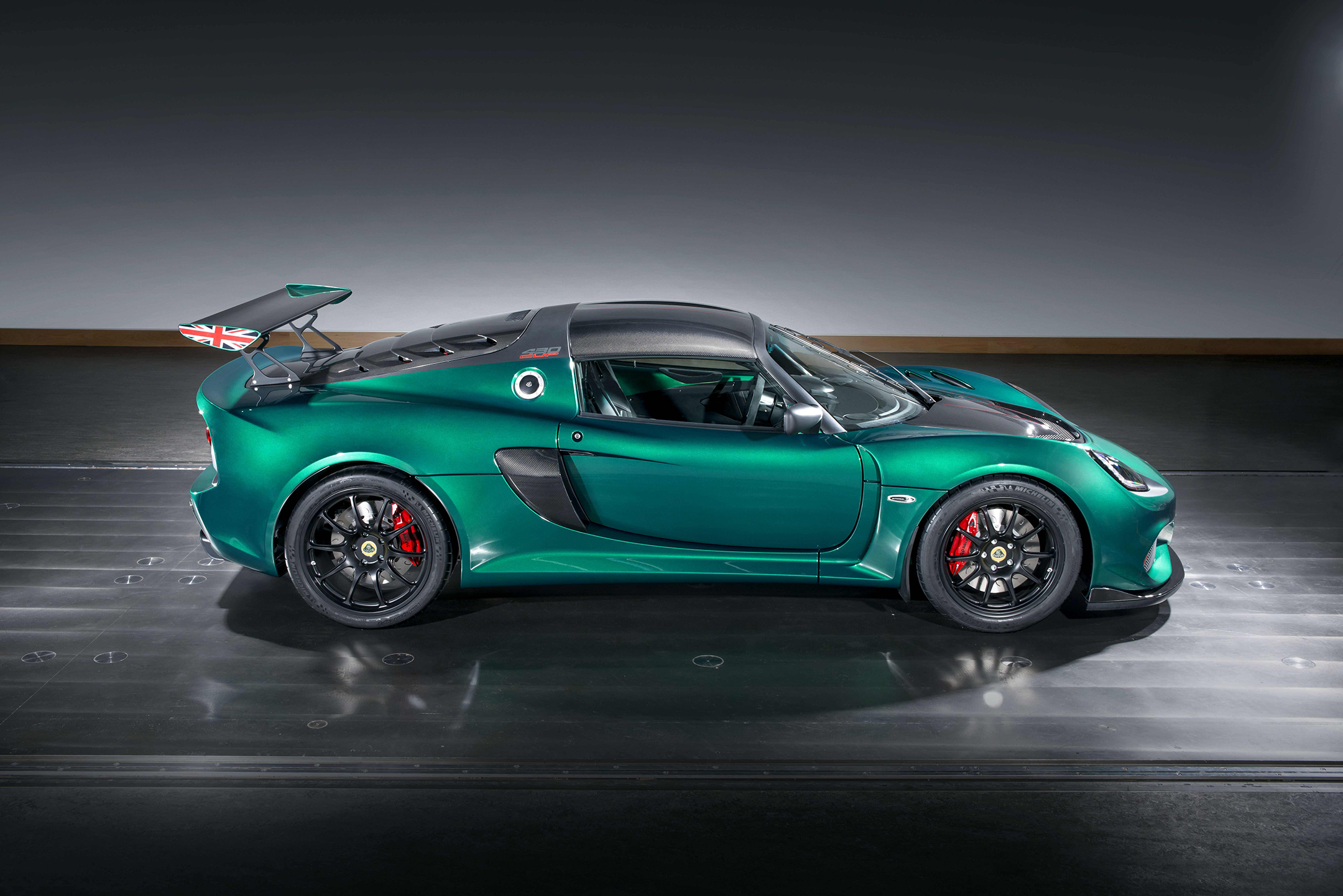 Lotus Exige Cup 430 - 2017 - side-face / profil