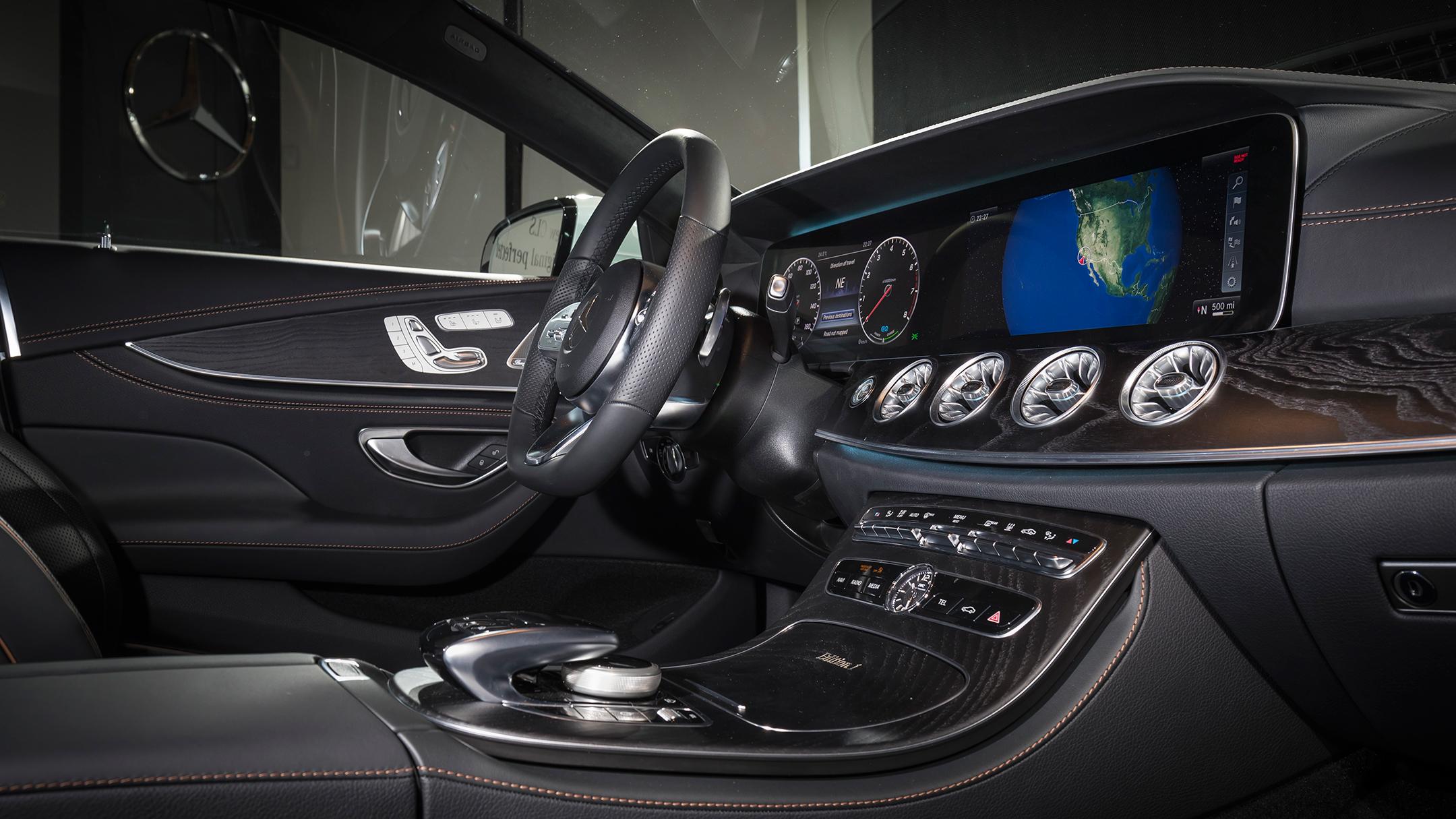 Mercedes-Benz - CLS - 2018 - interior preview - 2017 LA Auto Show