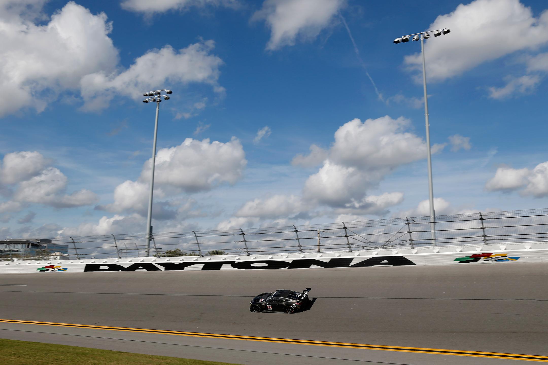 BMW M8 GTE - 2018 - speed track - 2017 Daytona test