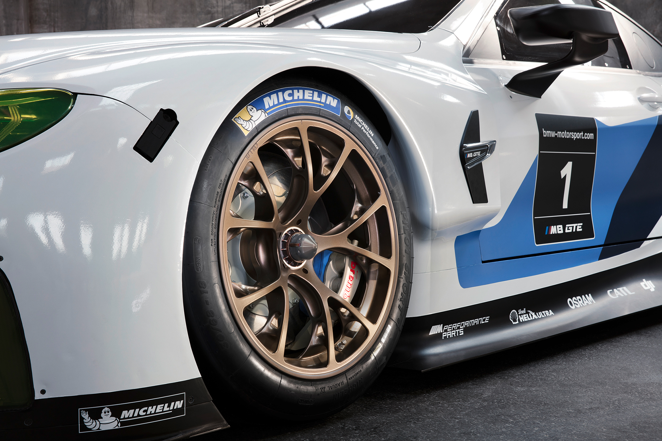 BMW M8 GTE - 2018 - wheel