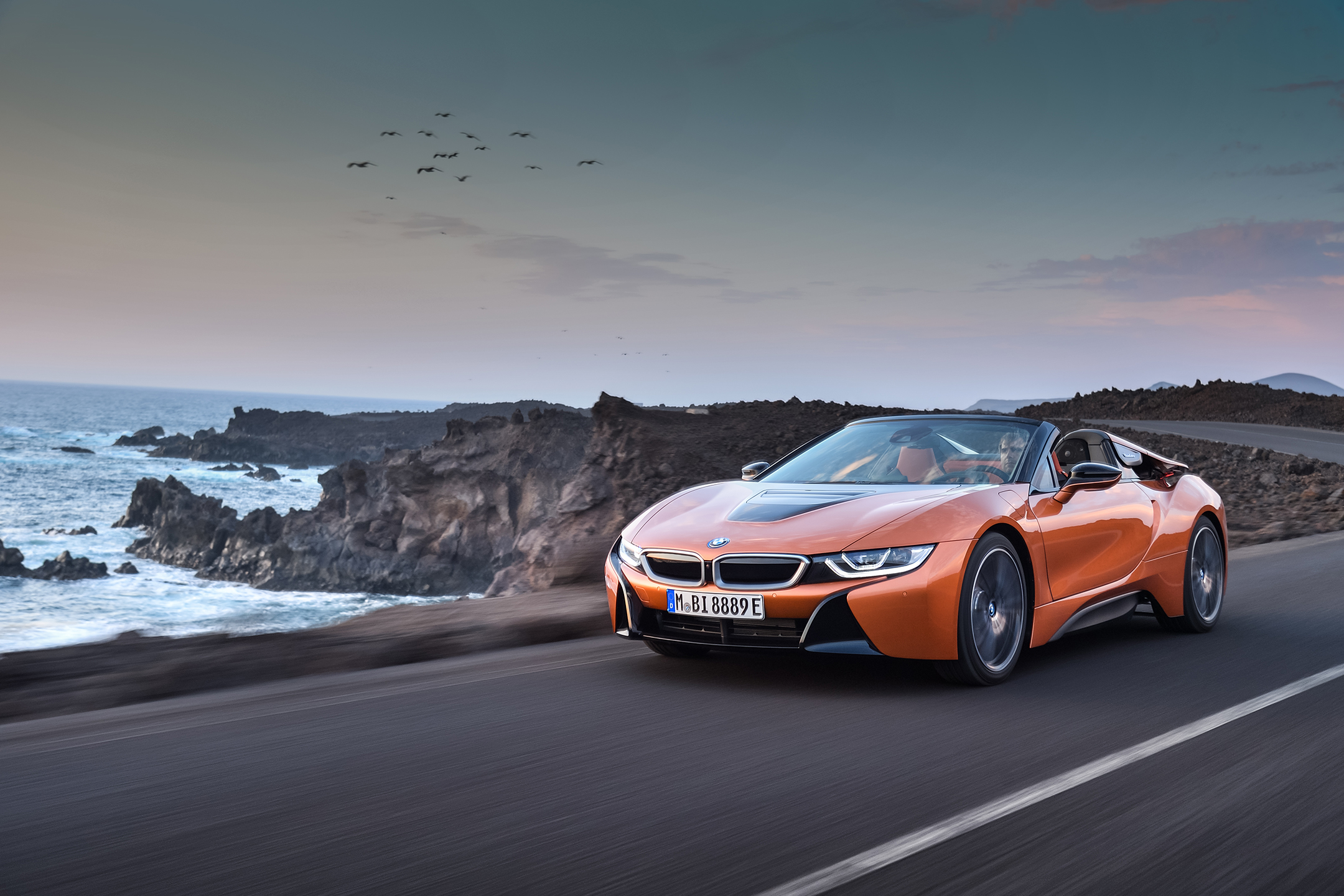 BMW i8 Roadster - 2017 - front side-face / profil avant