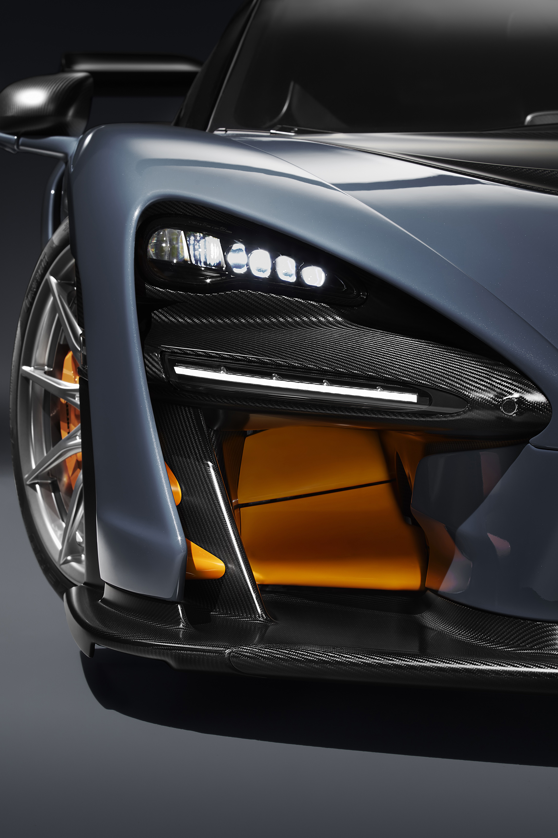 McLaren Senna - 2018 - front light