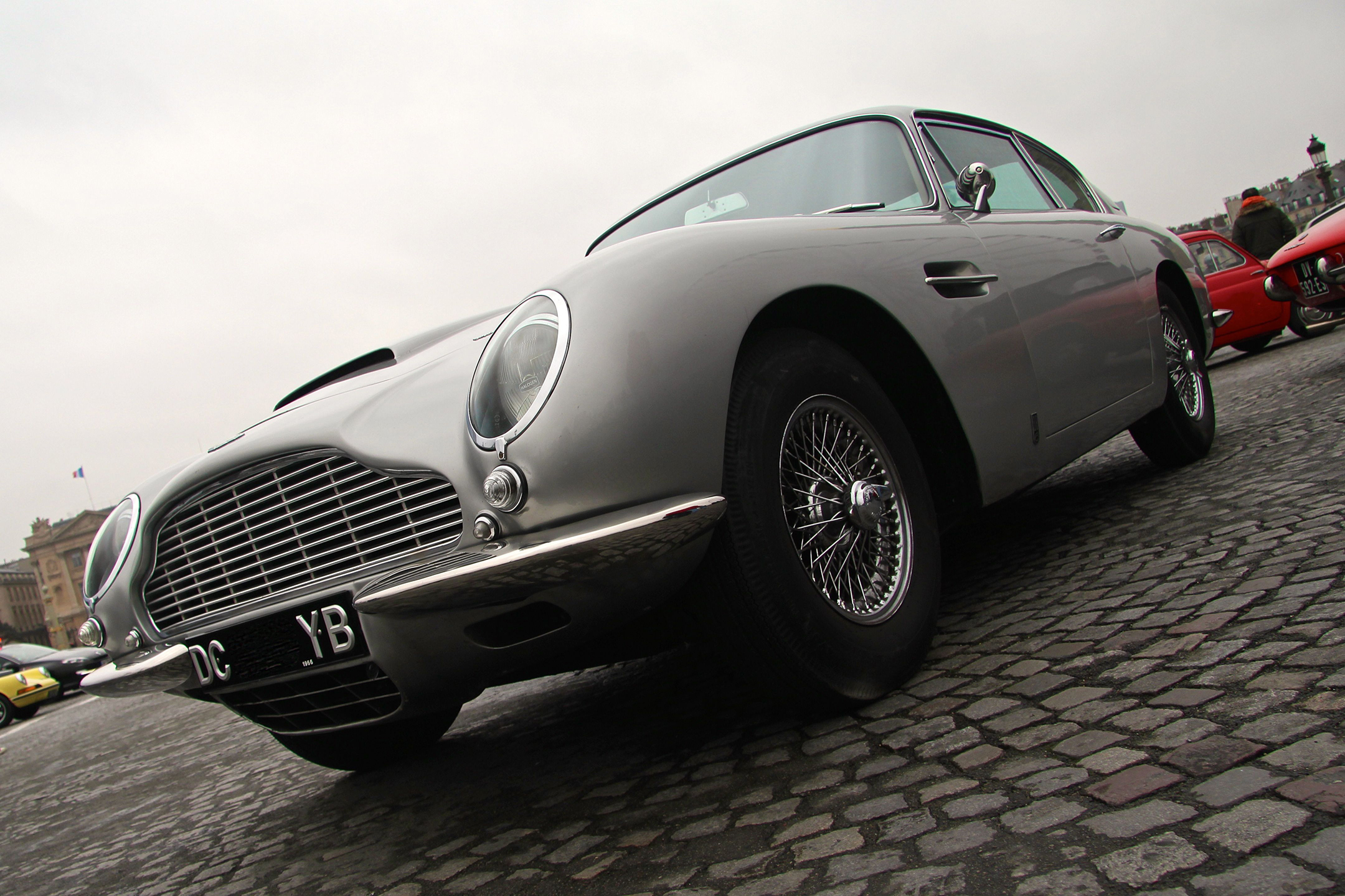 Aston Martin DB6 - Traversée de Paris Hivernale 2018 - photo Ludo Ferrari