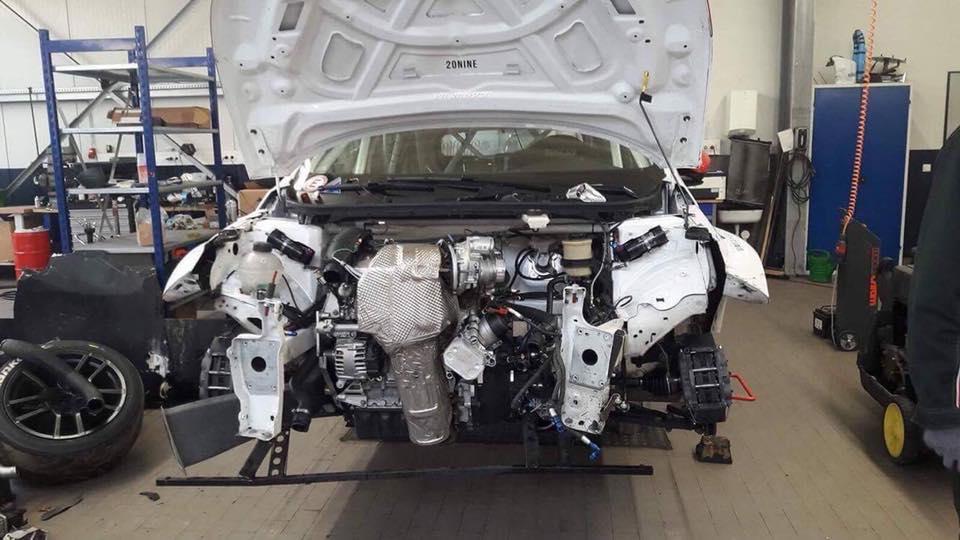 Peugeot Sport 308 Racing Cup - TCR - 2017 - Work in Progress - under the hood - engine / moteur