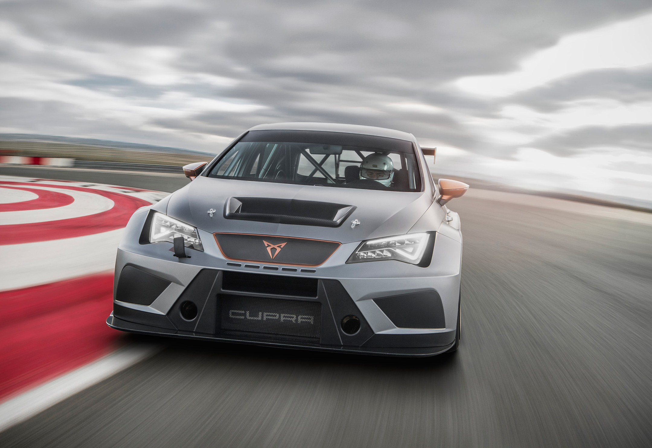CUPRA TCR - 2018 - front track