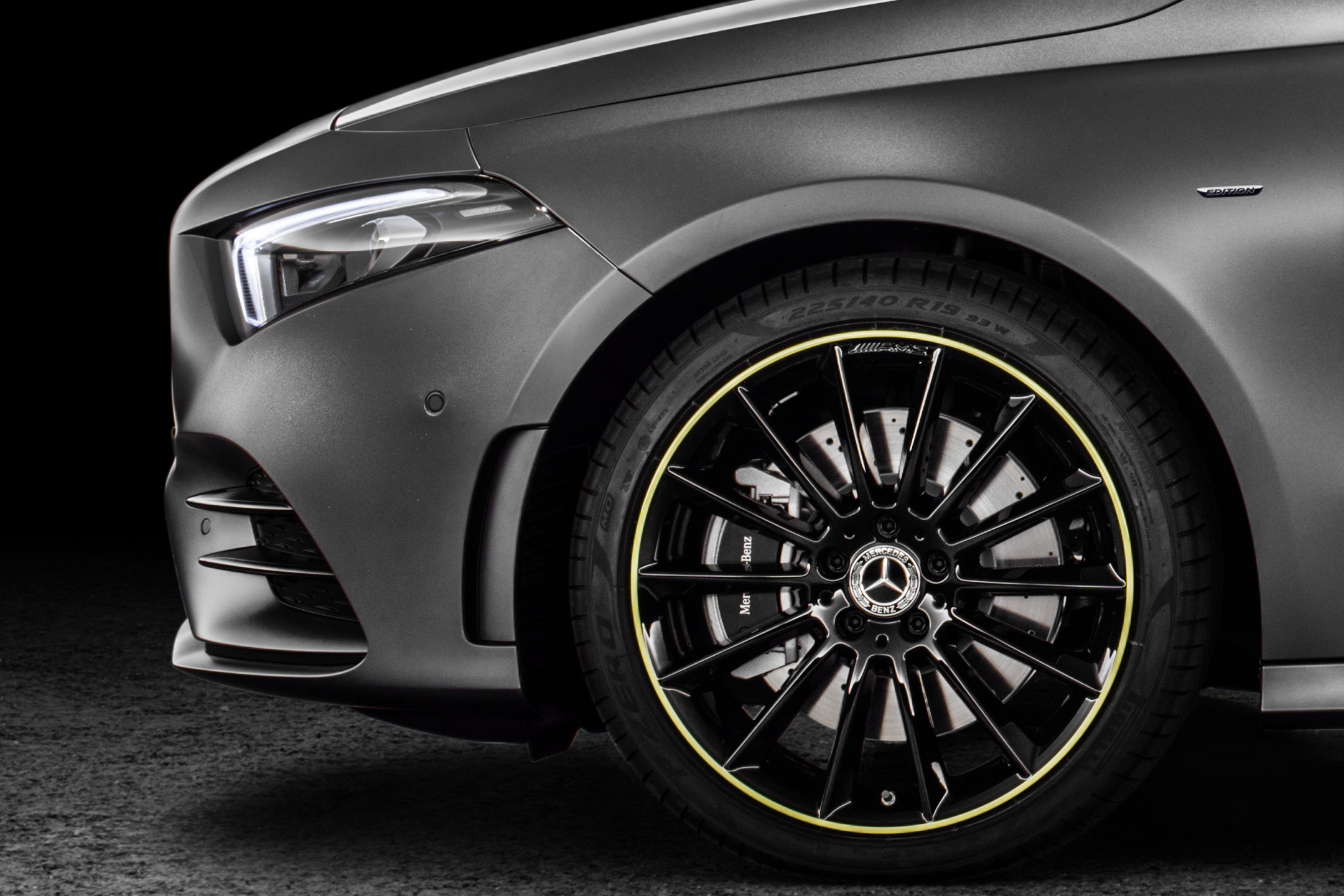 Mercedes-Benz A-Class - 2018 - front wheel / jante avant