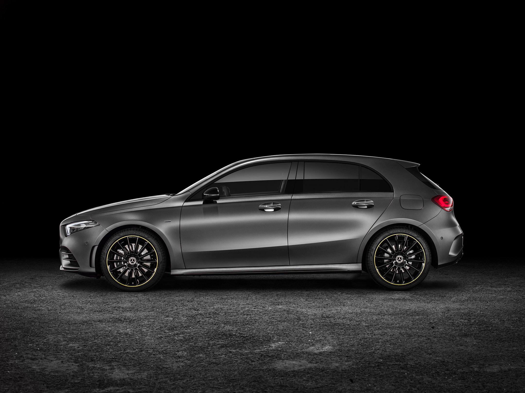 Mercedes-Benz A-Class - 2018 - side-face / profil