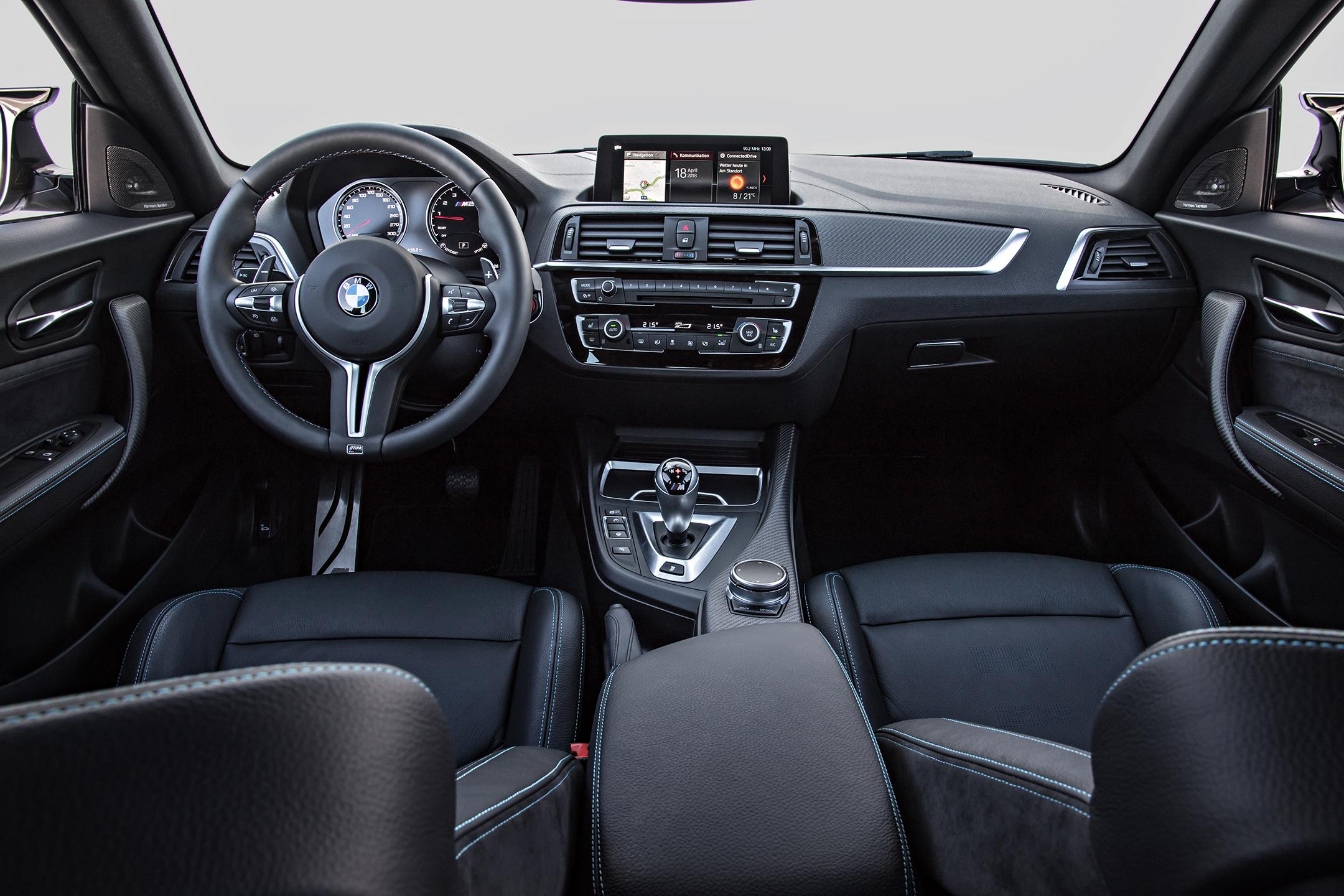 BMW M2 Competition - 2018 - interior / intérieur