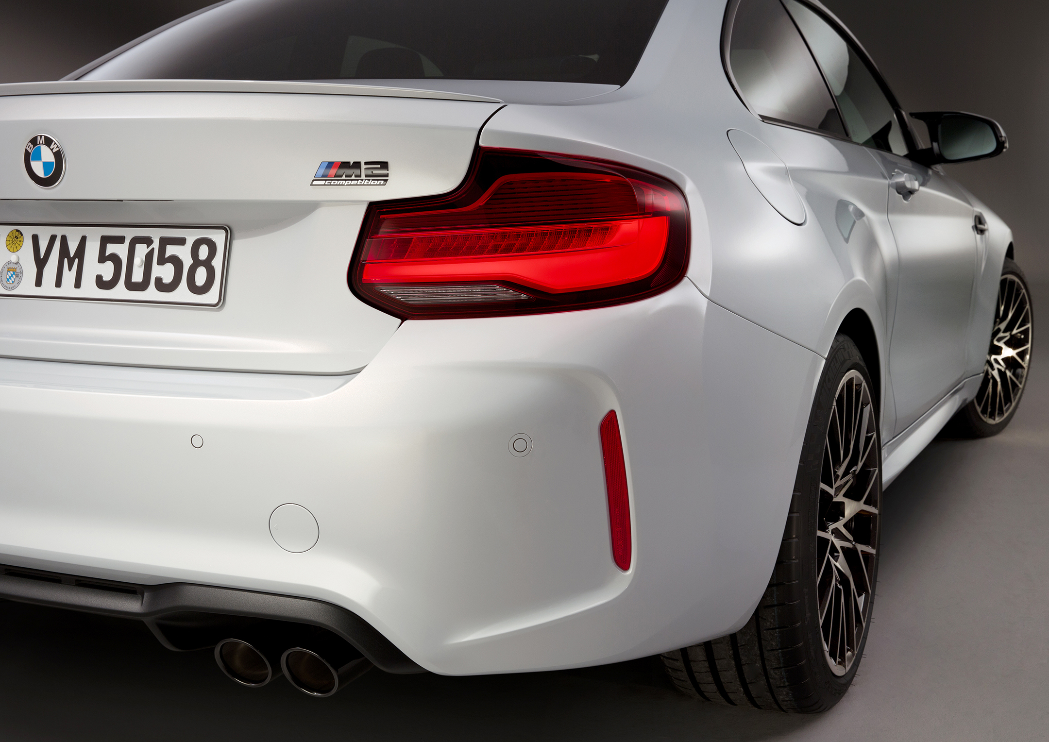 BMW M2 Competition - 2018 - rear light