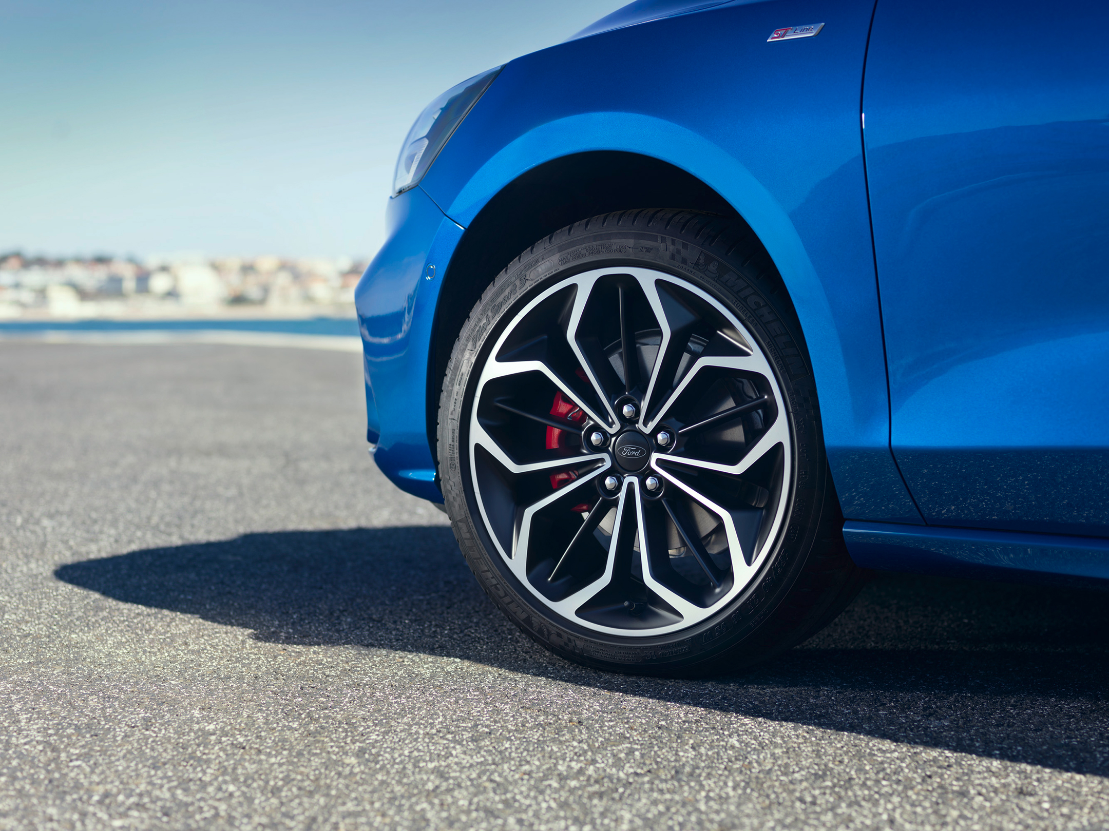 Ford Focus ST-Line - 2018 - front wheel