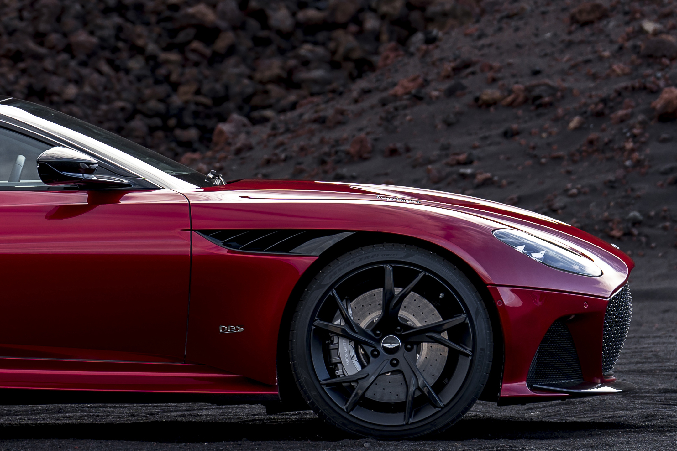 Aston Martin DBS Superleggera - 2018 - front wheel