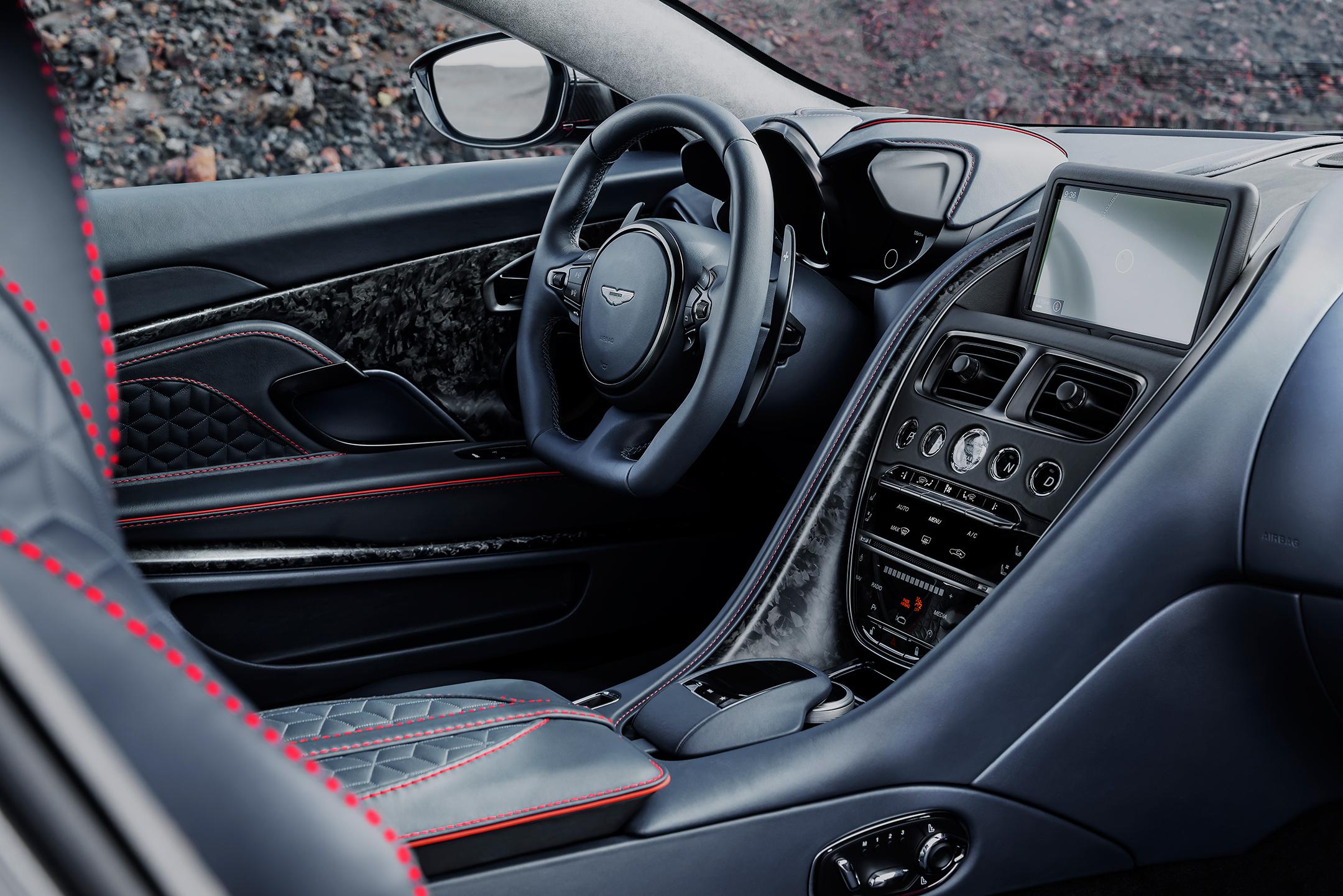 Aston Martin DBS Superleggera - 2018 - interior / intérieur