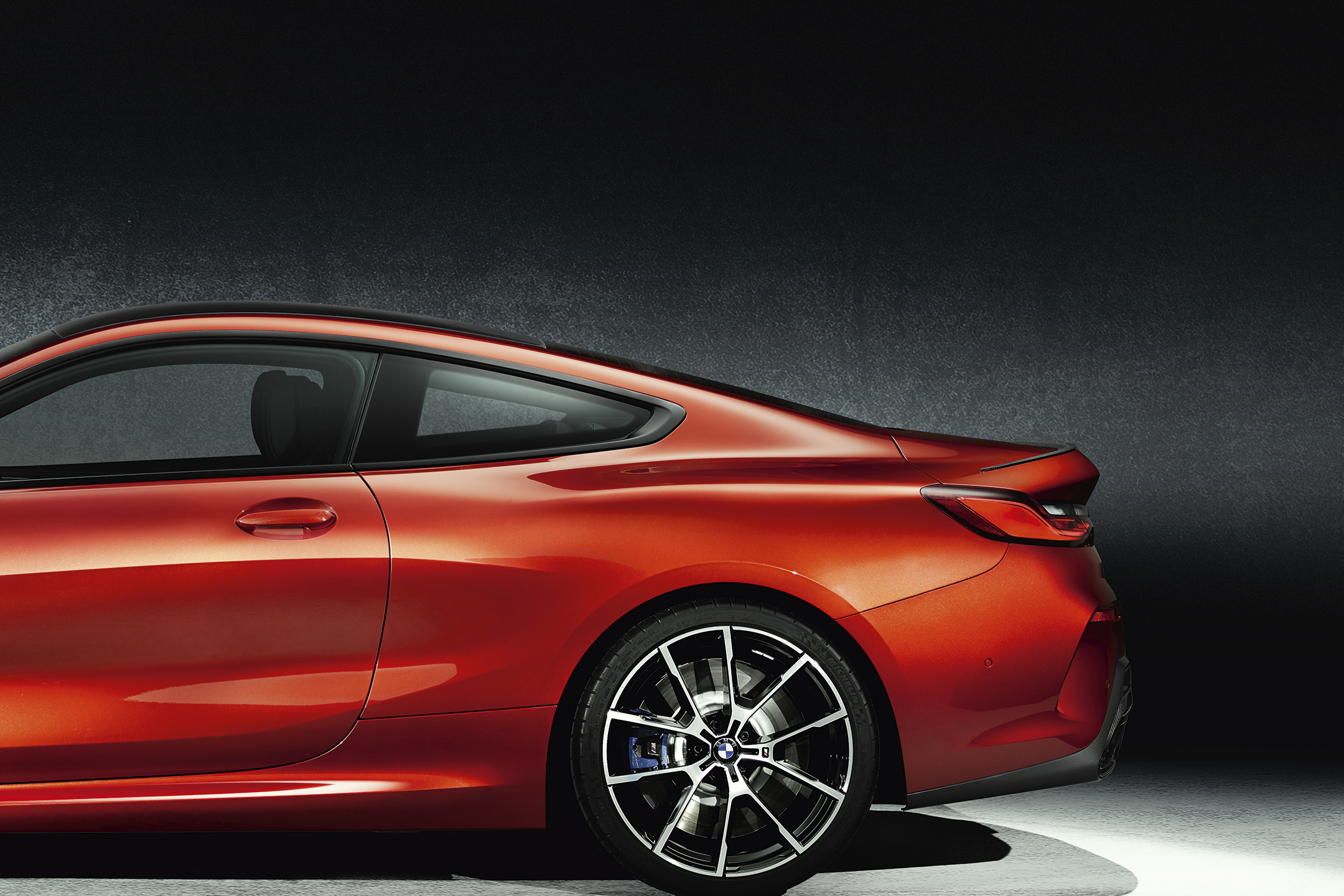 BMW 8 Series Coupe - 2018 - rear wheel