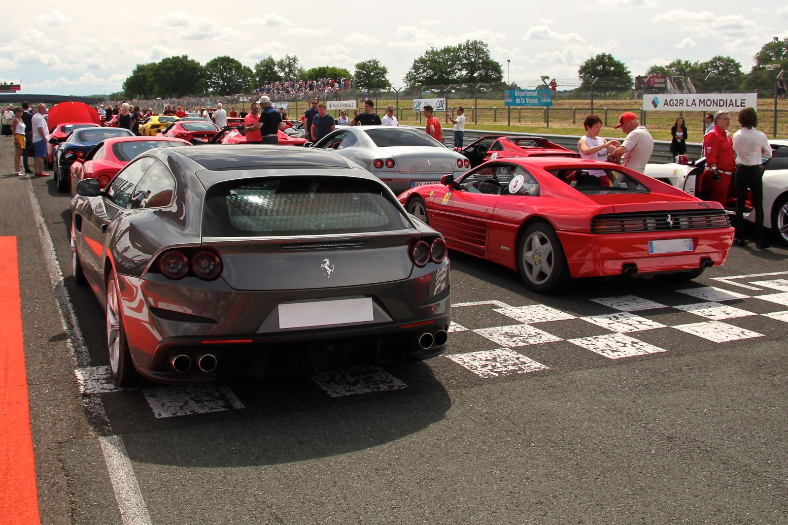 Ferrari GTC4Lusso - Ferrari 348TB - Parade - Sport et Collection 2018 - photo Ludo Ferrari