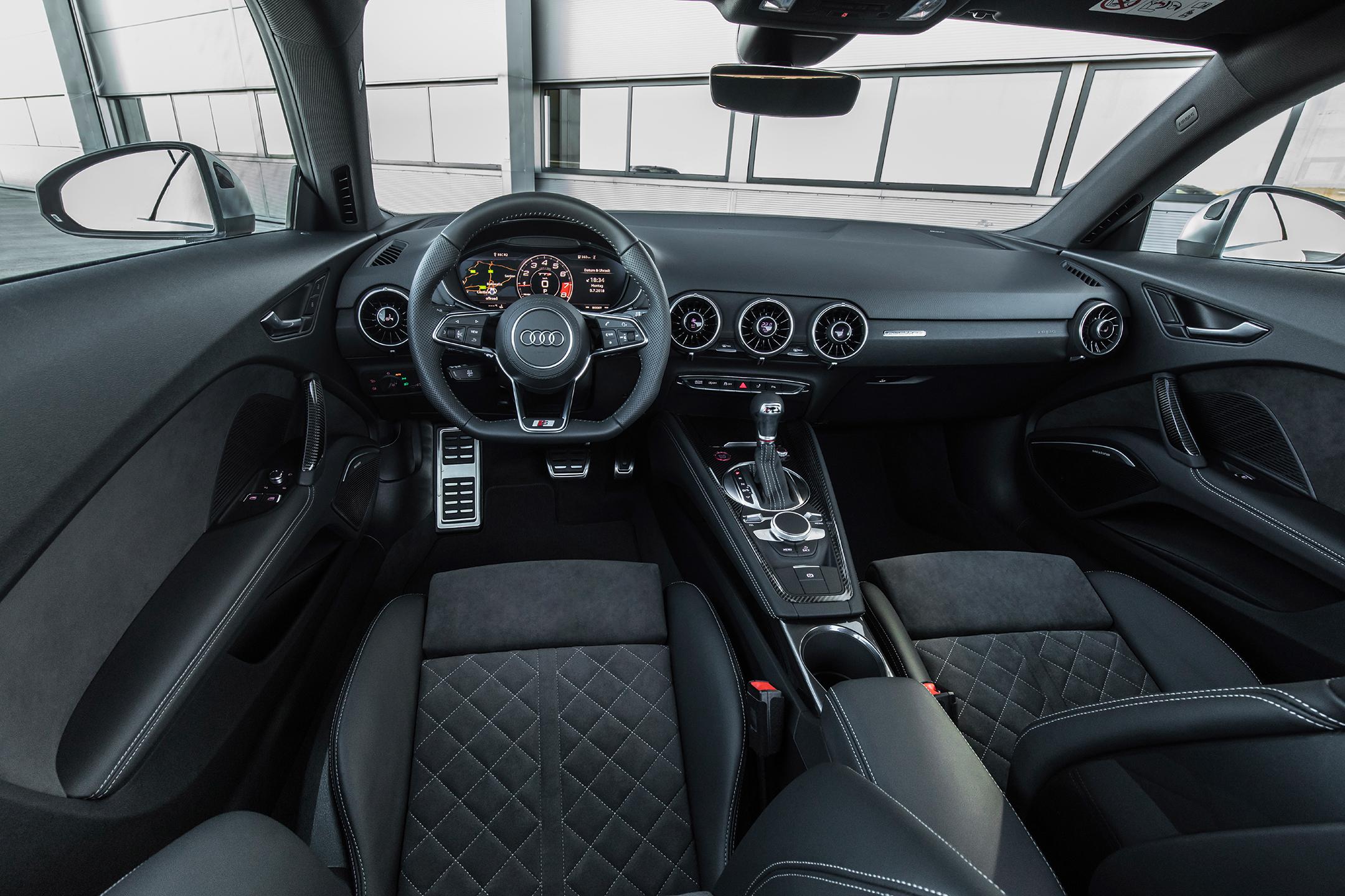 Audi TTS - 2018 - interior / intérieur
