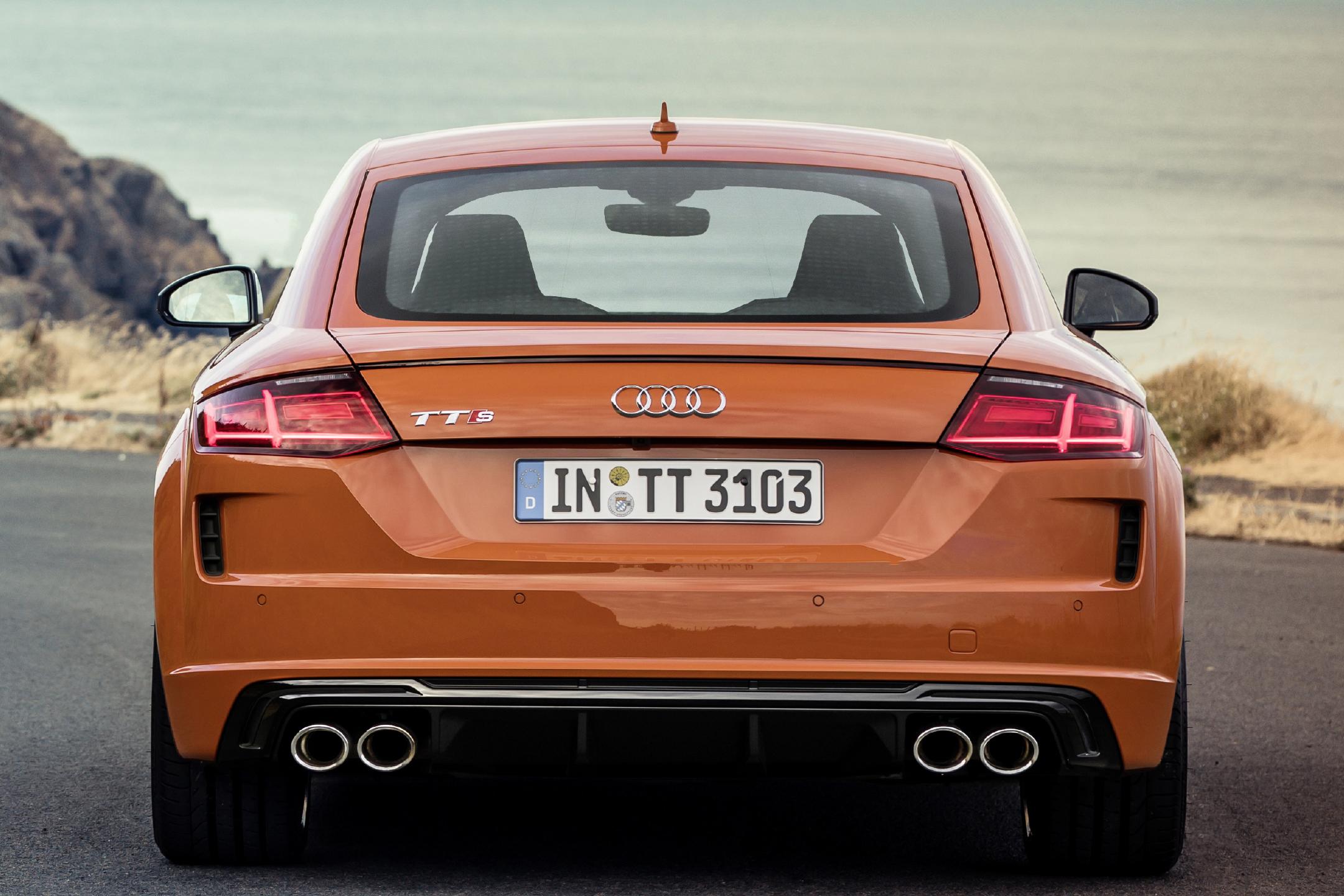 Audi TTS - 2018 - rear face / face arrière