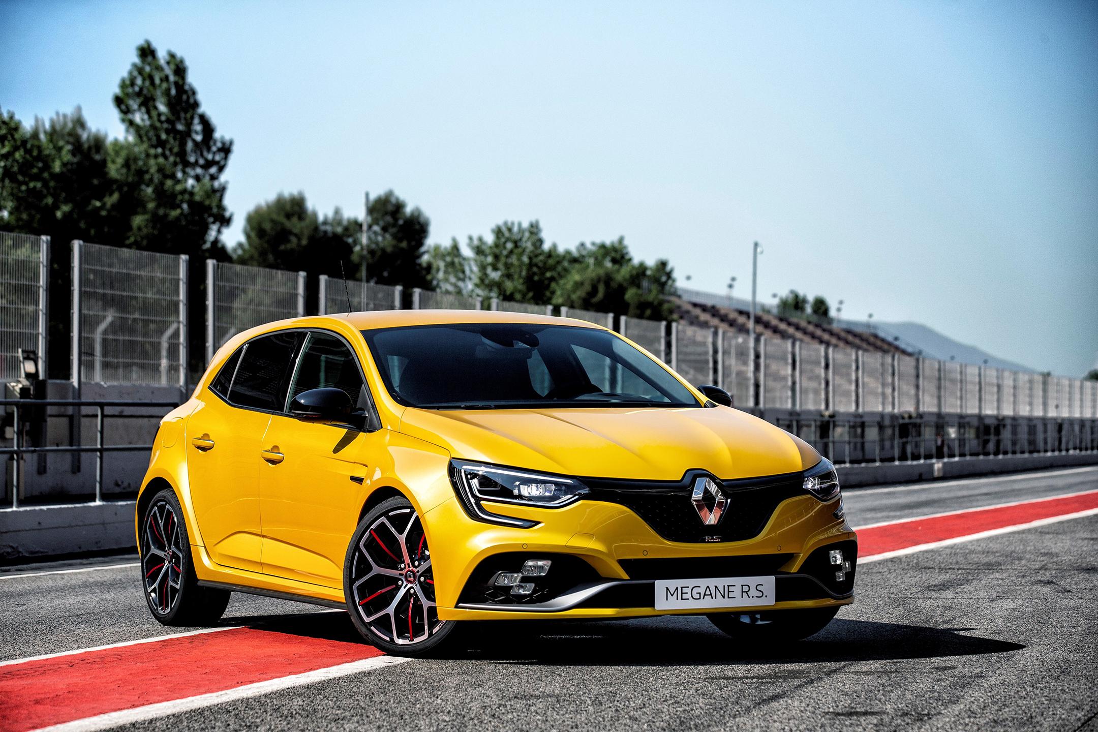 Renault Megane R.S. Trophy - 2018 - front side-face / face avant