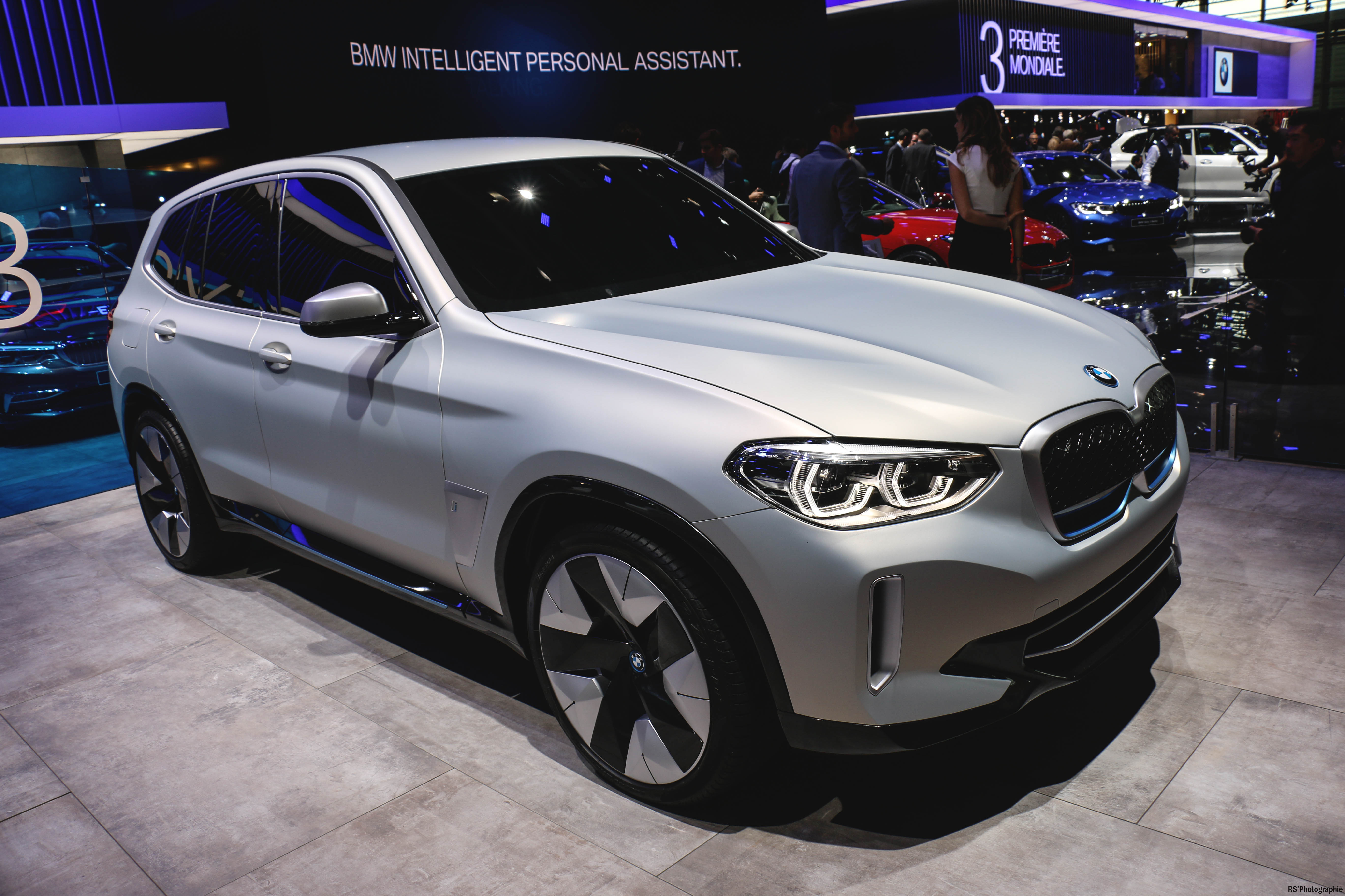 BMW iX3 concept - rear - Paris Motor Show - 2018 - Mondial Auto - photo by Arnaud Demasier RS Photographie