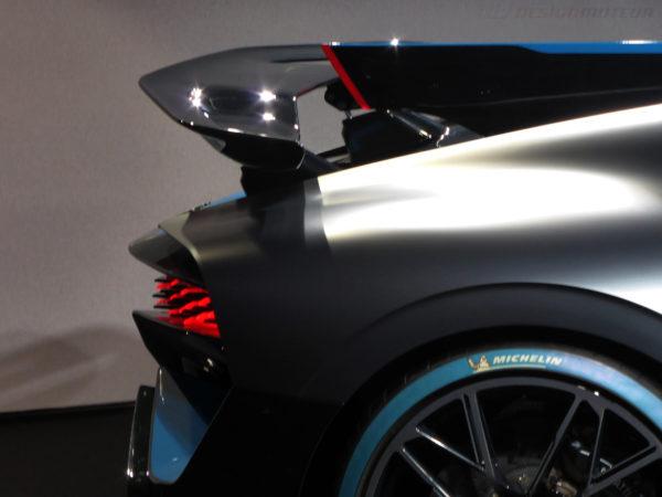 Bugatti Divo - rear wing - Paris Motor Show - 2018 - Mondial Auto - photo ELJ DESIGNMOTEUR
