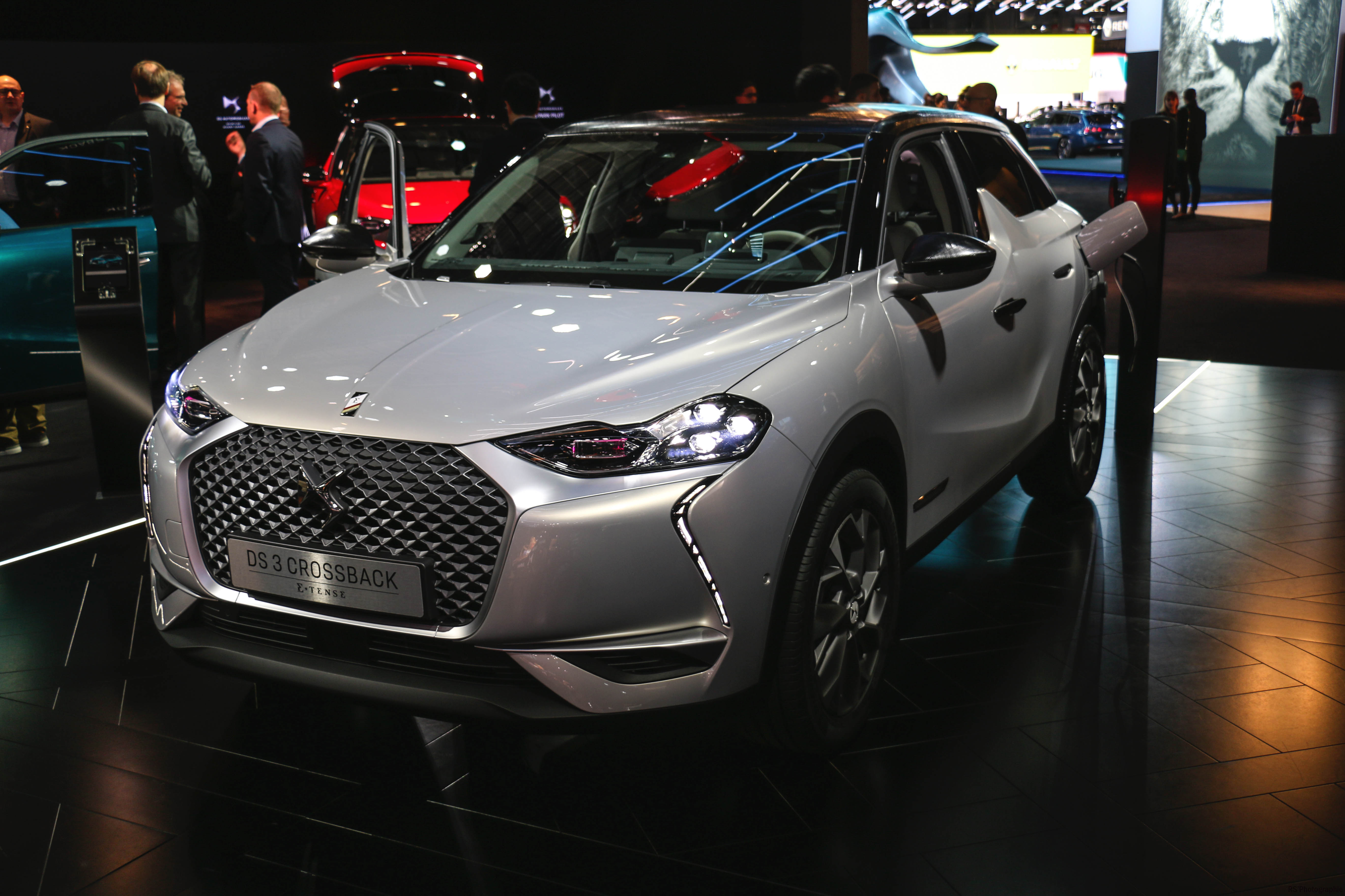 DS 3 Crossback E-Tense - front - Paris Motor Show - 2018 - Mondial Auto - photo by Arnaud Demasier RS Photographie