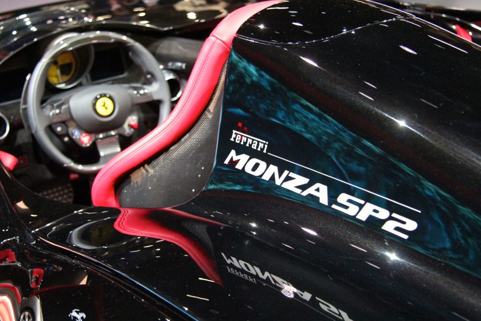 Ferrari Monza SP2 - driving wheel - Paris Motor Show - 2018 - Mondial Auto - photo Ludo Ferrari