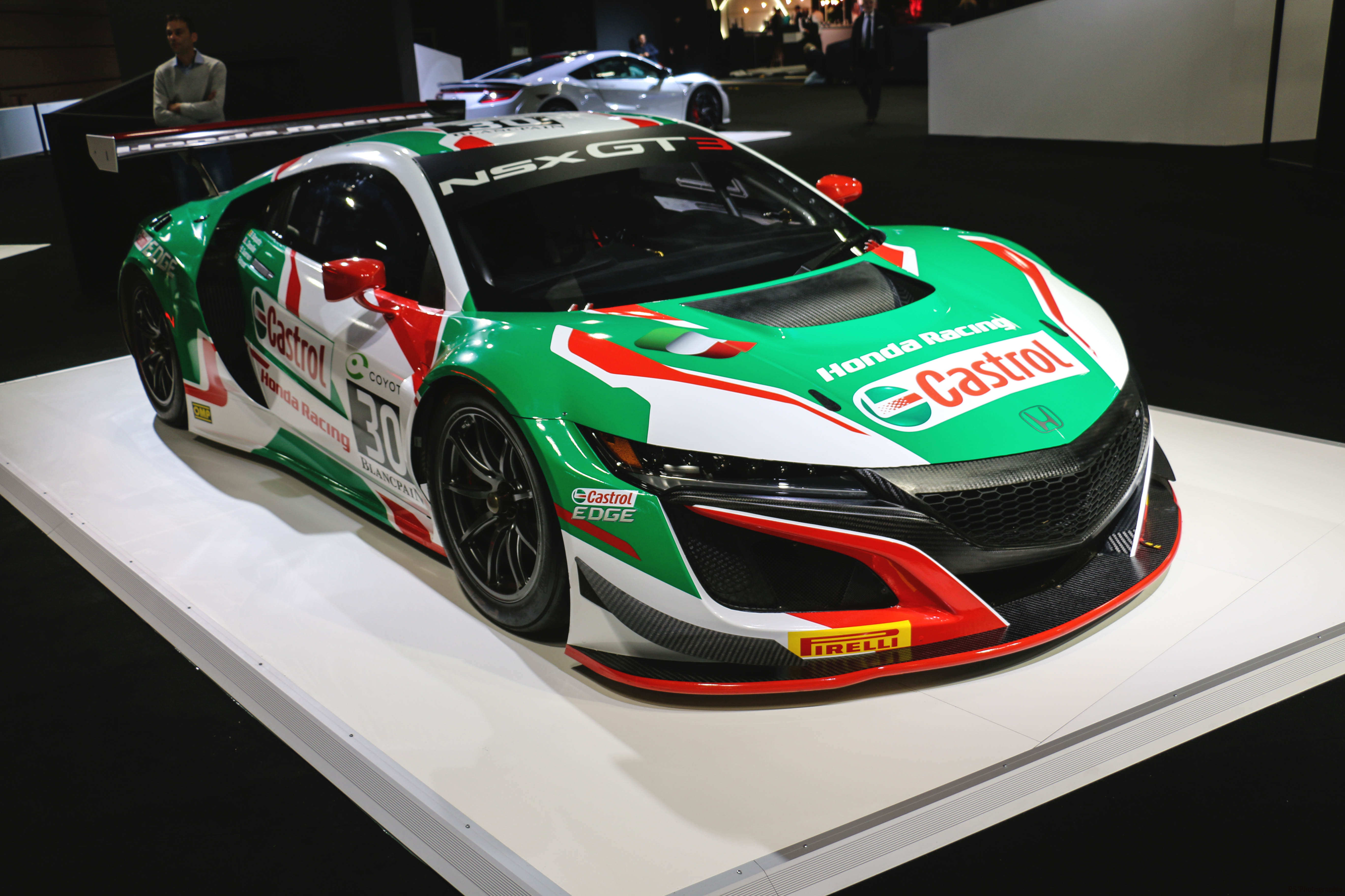 Honda NSX GT3 livery Castrol - Paris Motor Show - 2018 - Mondial Auto - photo by Arnaud Demasier RS Photographie
