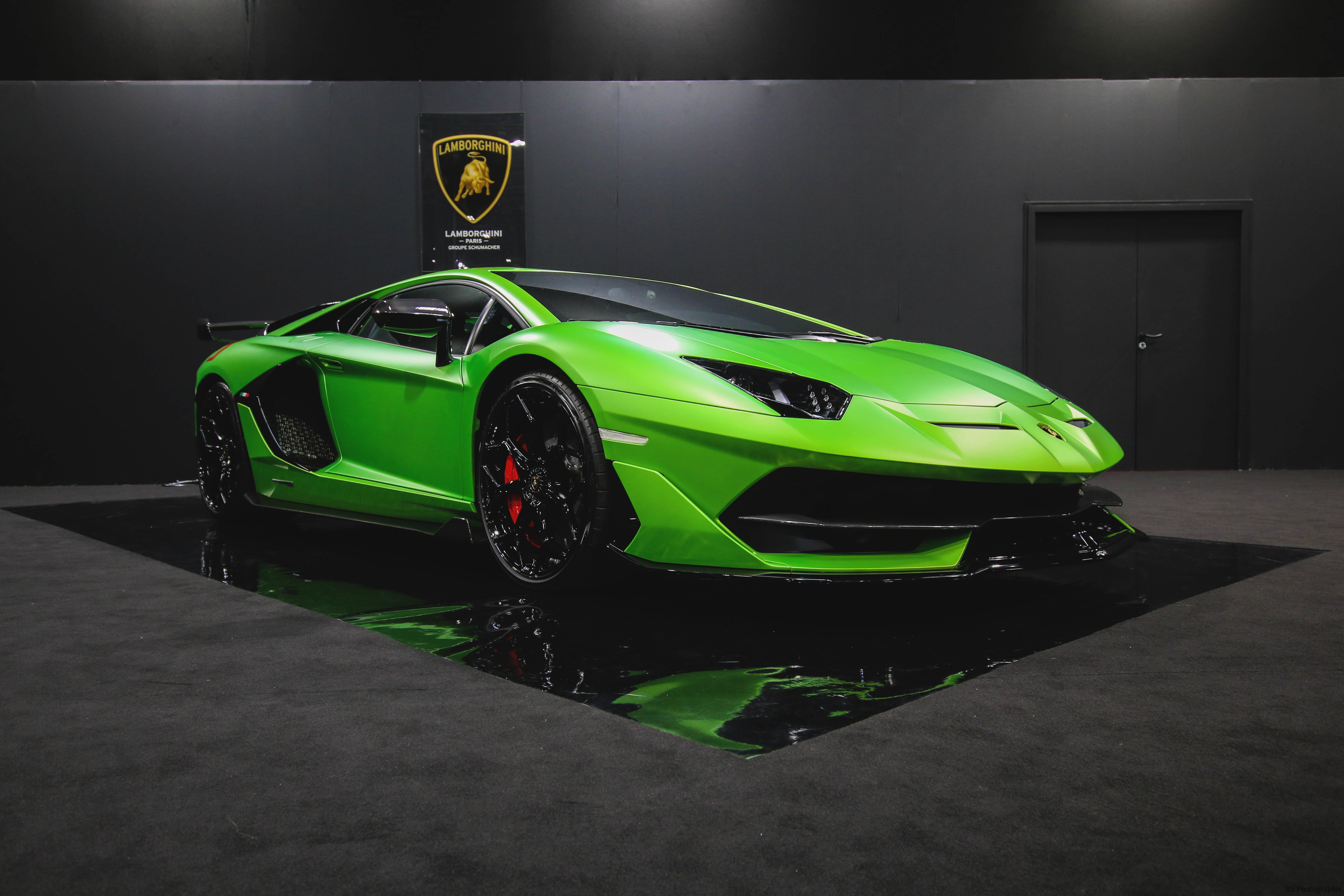 Lamborghini Aventador SVJ - front side-face - Paris Motor Show - 2018 - Mondial Auto - photo by Arnaud Demasier RS Photographie