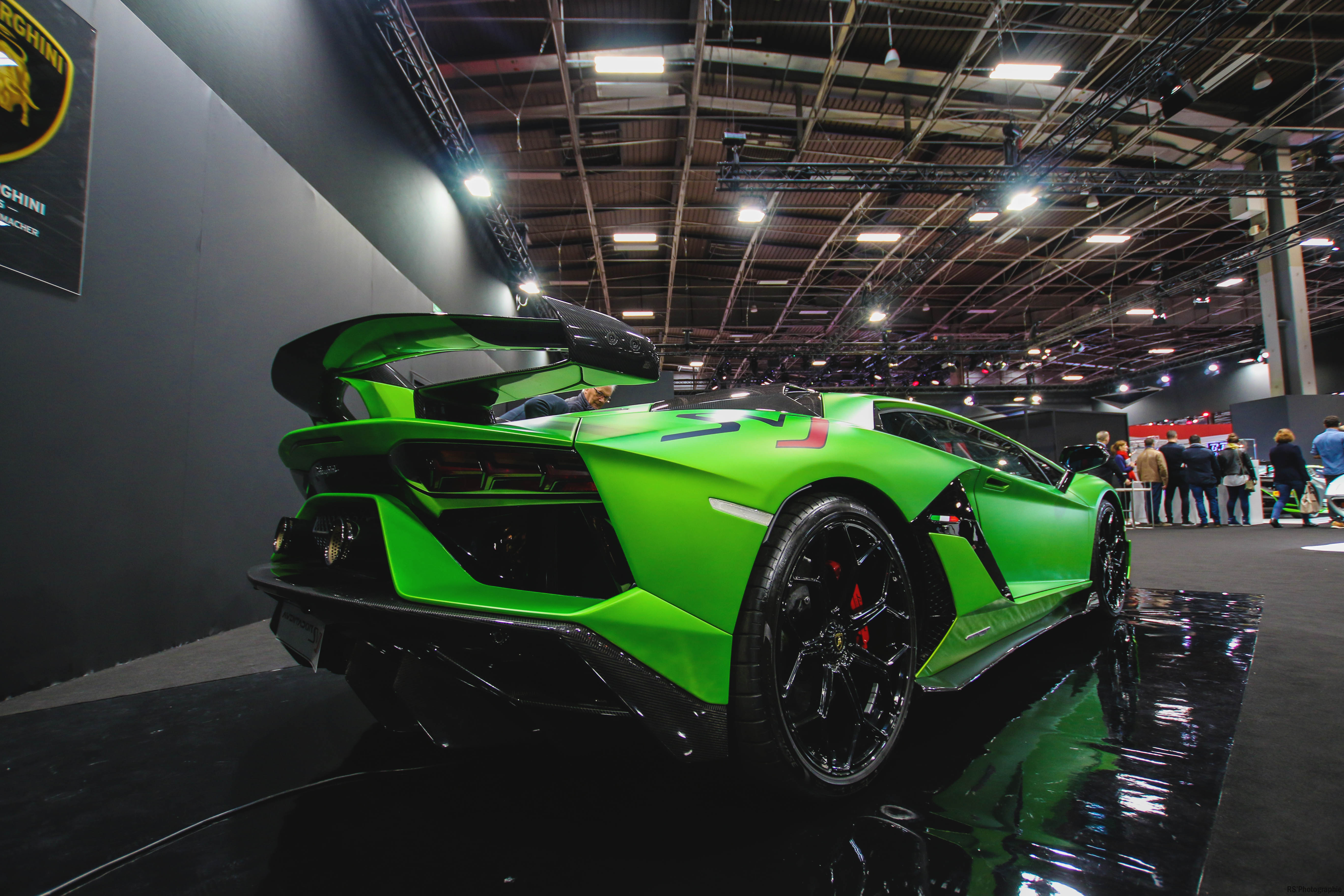Lamborghini Aventador SVJ - rear side-face - Paris Motor Show - 2018 - Mondial Auto - photo by Arnaud Demasier RS Photographie