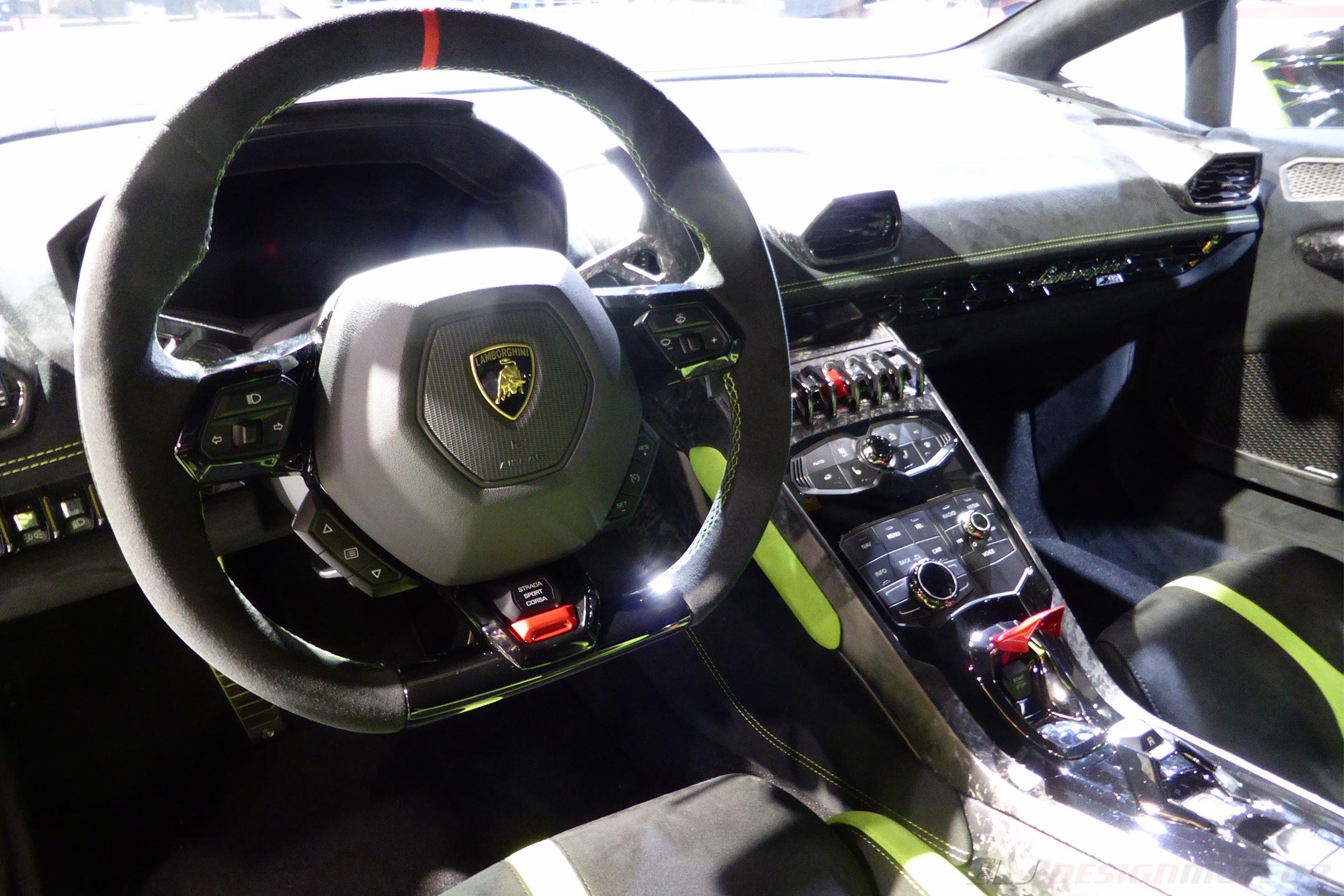 Lamborghini Huracán Performante - interior - Paris Motor Show - 2018 - Mondial Auto - photo ELJ DESIGNMOTEUR
