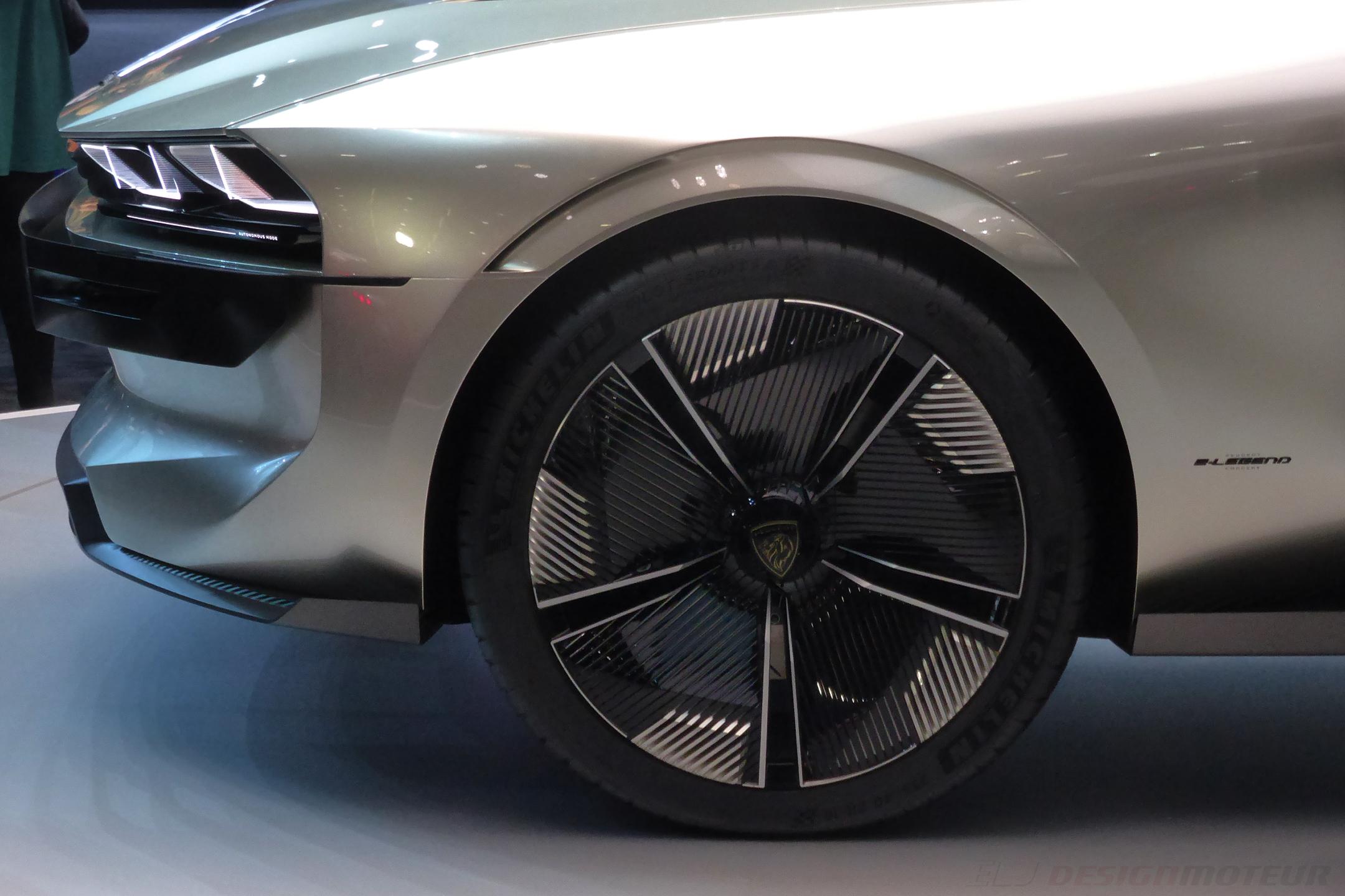 Peugeot eLegend Concept - front wheel - Paris Motor Show - 2018 - Mondial Auto - photo ELJ DESIGNMOTEUR