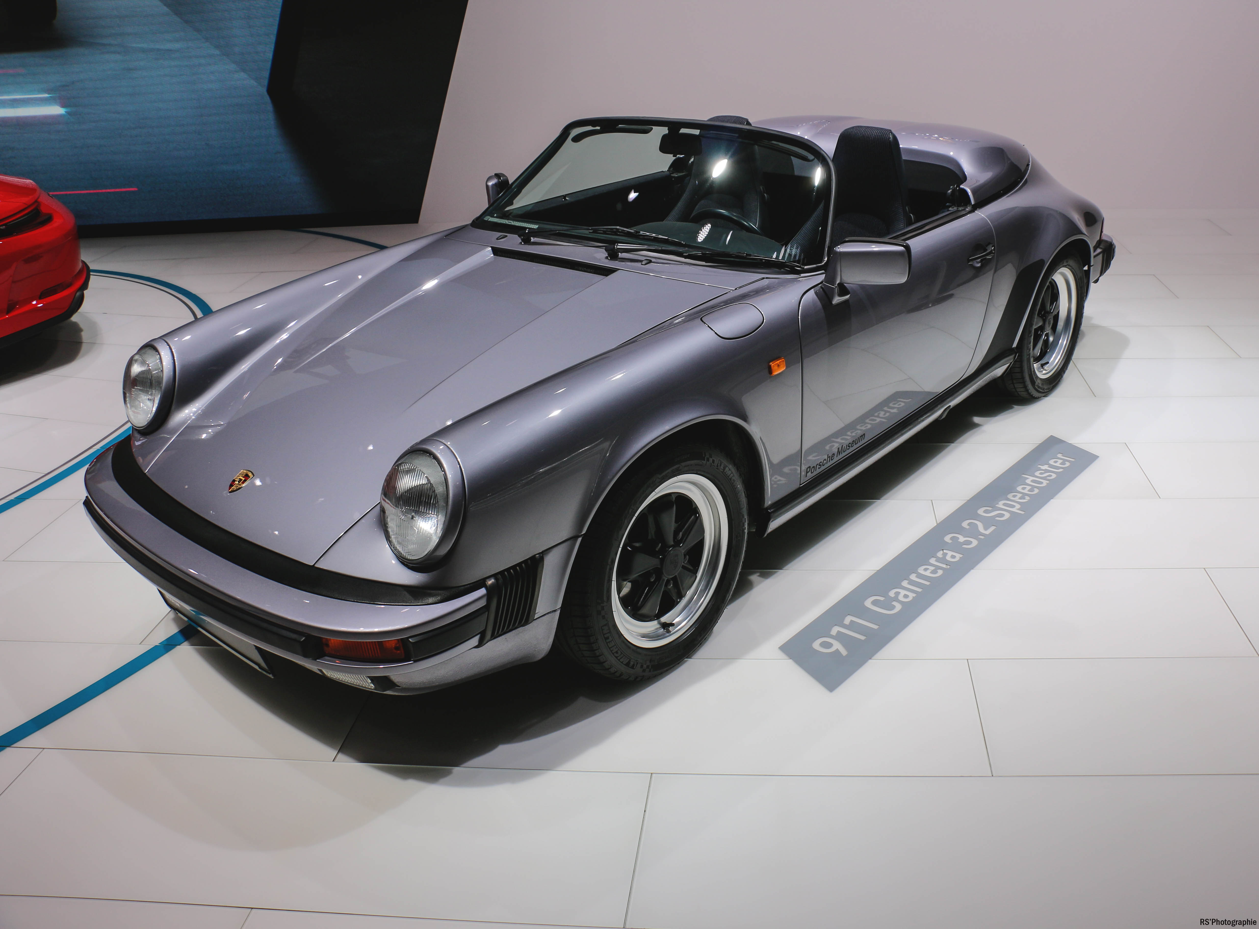Porsche 911 Carrera Speedster - Paris Motor Show - 2018 - Mondial Auto - photo by Arnaud Demasier RS Photographie