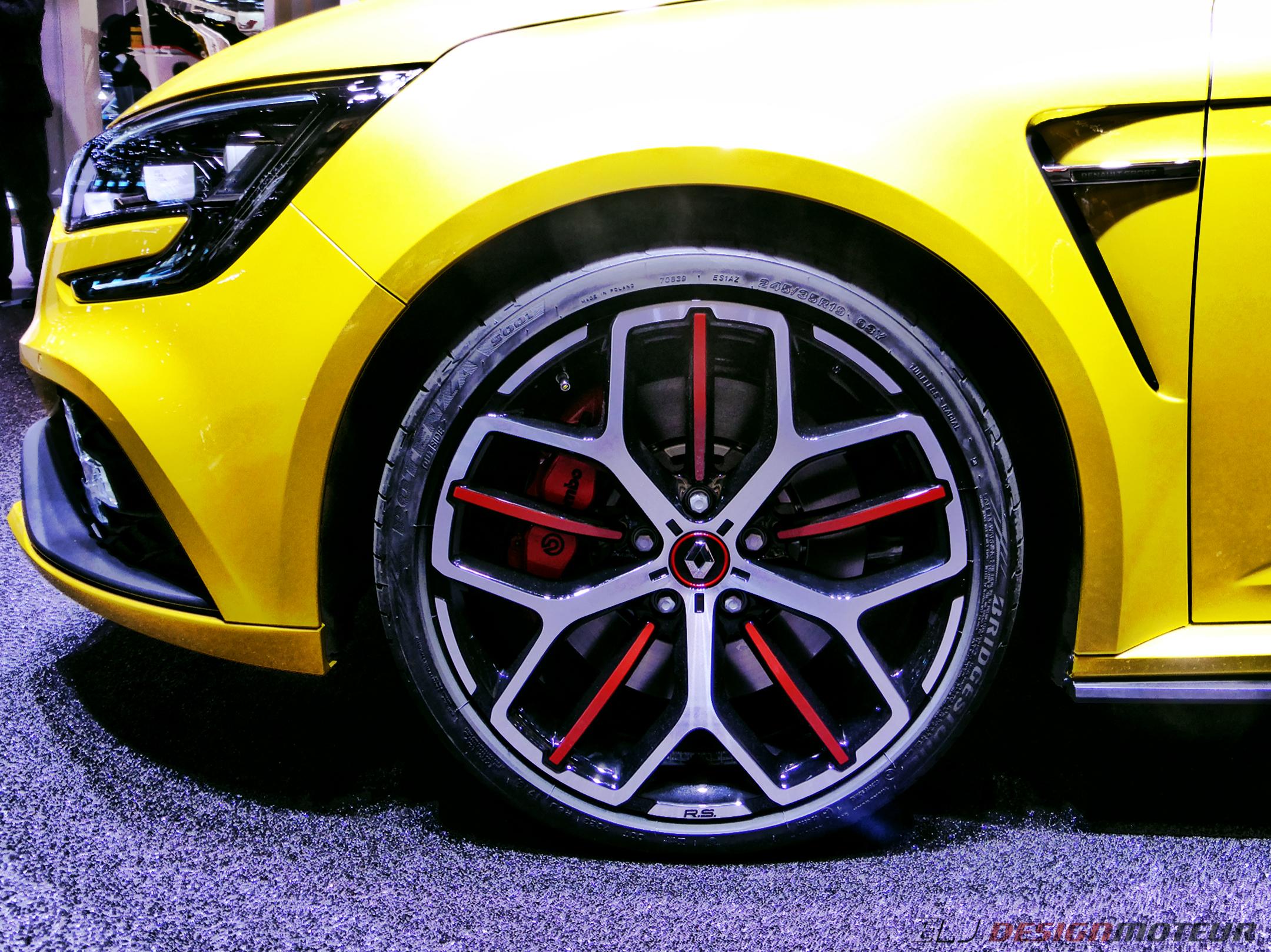 Renault Megane R.S. Trophy - front wheel - Paris Motor Show - 2018 - Mondial Auto - photo ELJ DESIGNMOTEUR