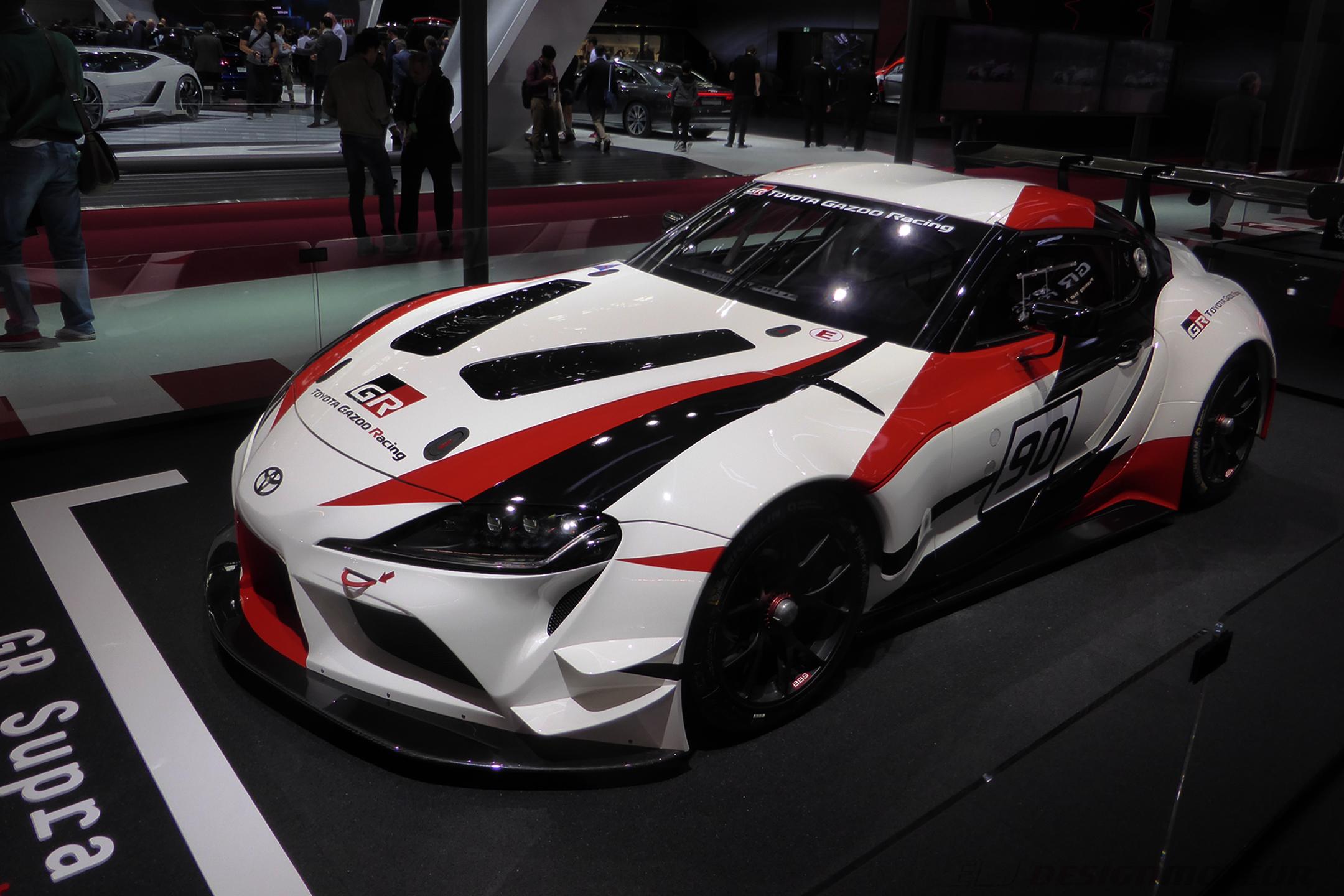 Toyota GR Supra Racing Concept - front side-face - Paris Motor Show - 2018 - Mondial Auto - photo ELJ DESIGNMOTEUR