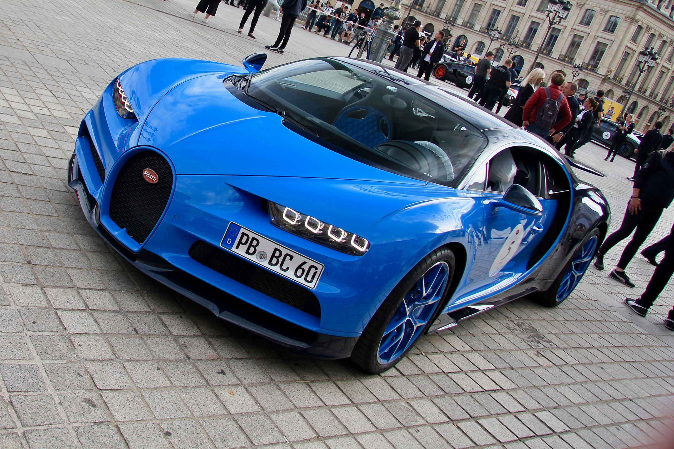 Bugatti Automobiles - bleue livery front-face - Chiron - W16 - Grand Tour 2019 - Paris - photo Ludo Ferrari
