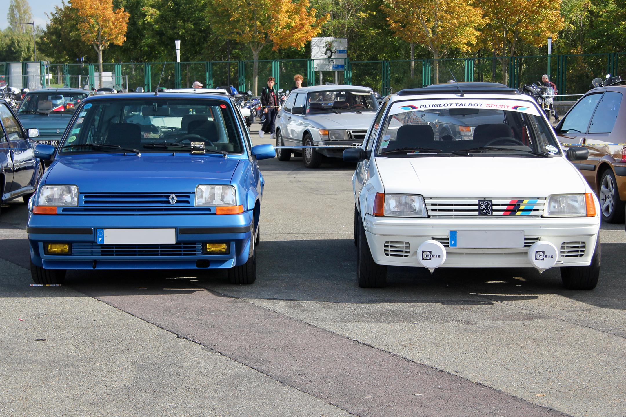 Renault Super5 GT Turbo - vs - Peugeot 205 Rallye livrée Peugeot Talbot Sport - parking - Automédon - 2019 - photo Ludo Ferrari