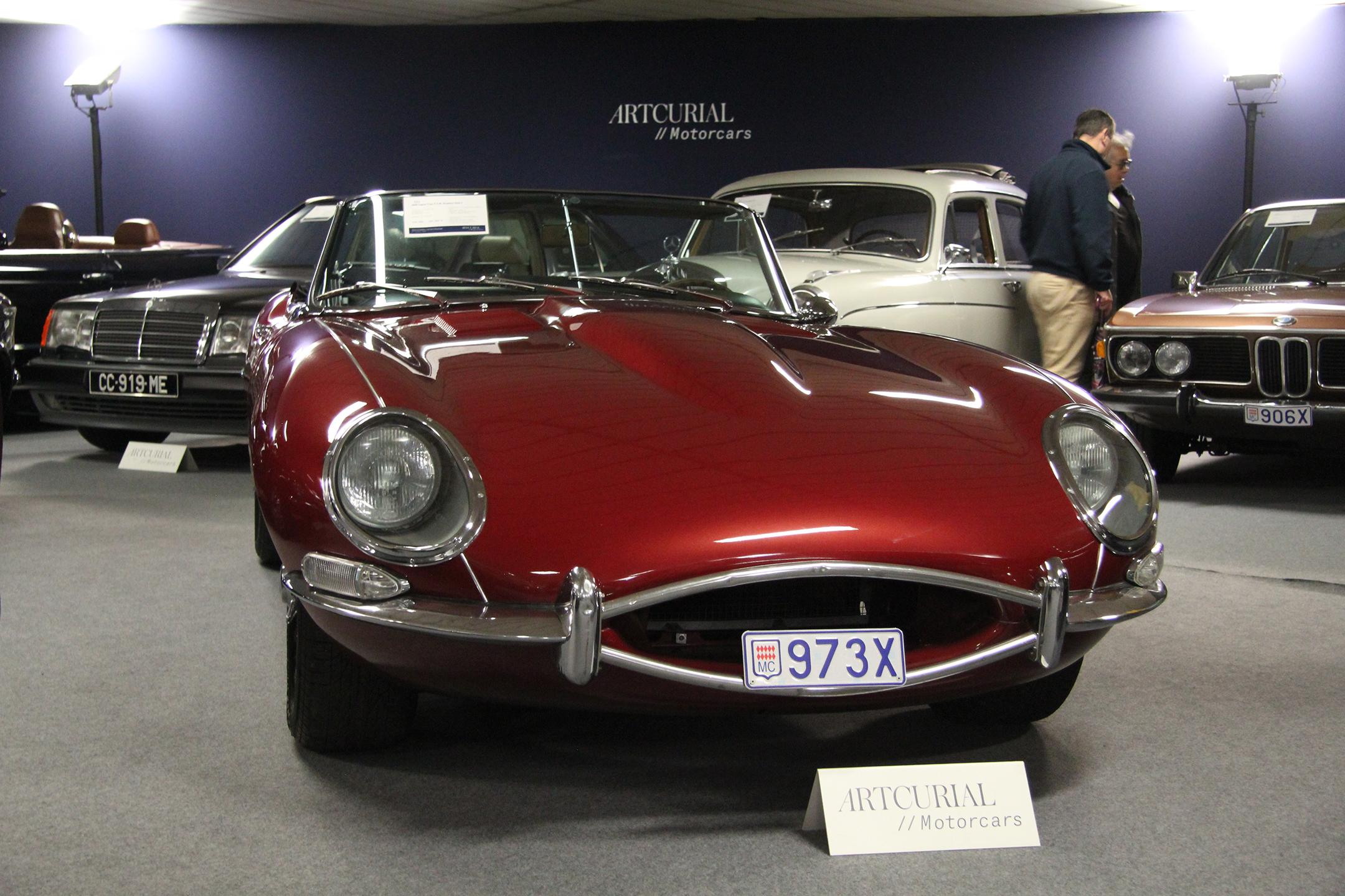 Jaguar Type E 4.2L Roadster Serie 1 - 1966 - Artcurial Motorcars - Automobiles sur les Champs - 2019 - photo Ludo Ferrari
