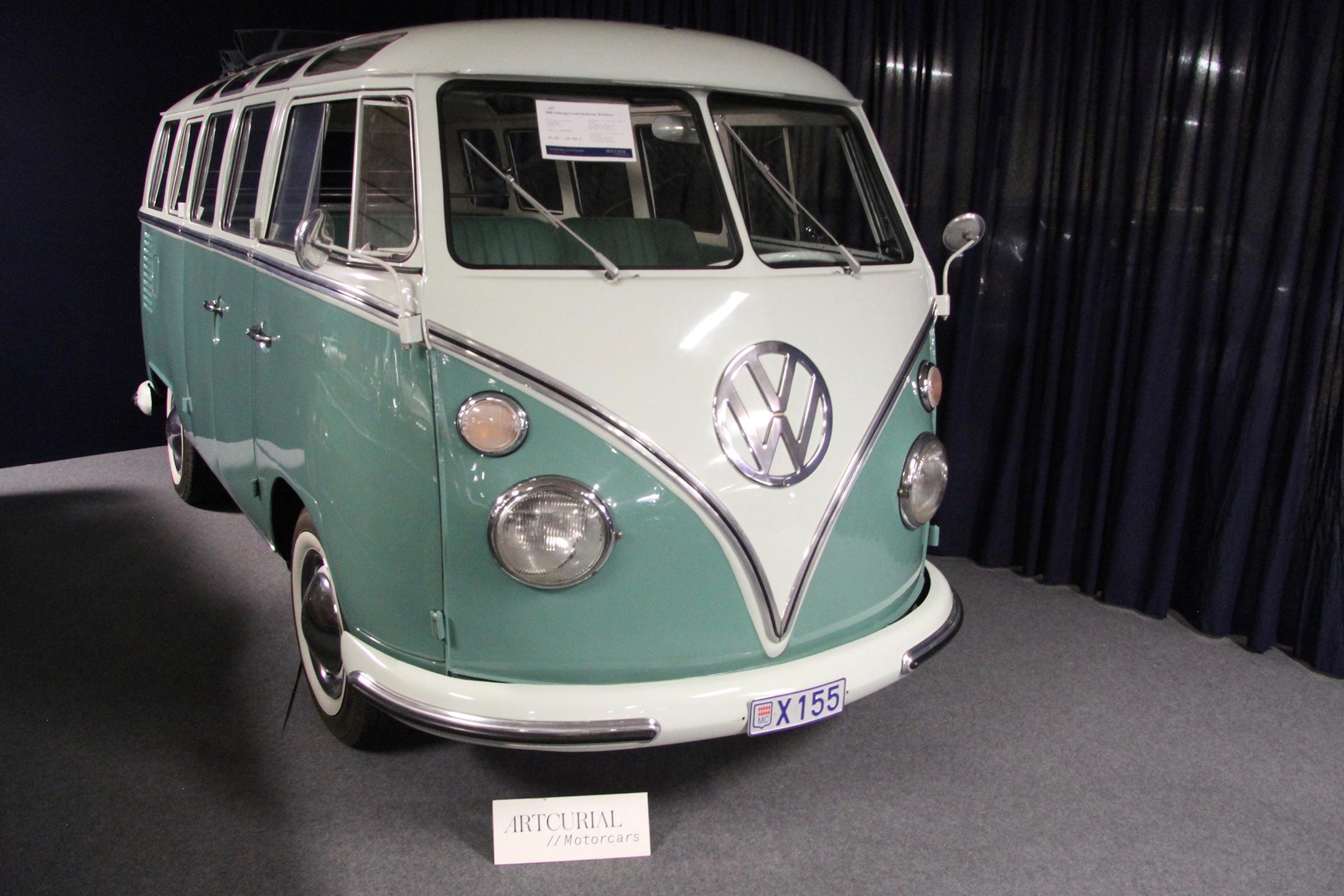 Volkswagen Combi Samba-bus 21 fenêtres - 1966 - Artcurial Motorcars - Automobiles sur les Champs - 2019 - photo Ludo Ferrari