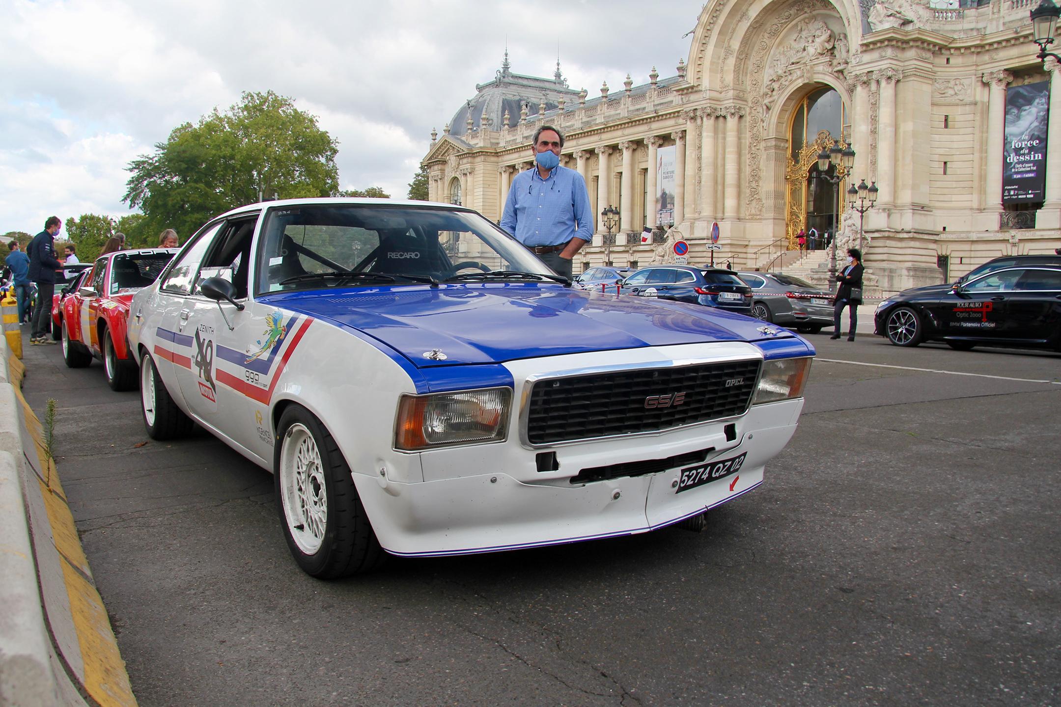 Opel GSE - préparatif du départ - Grand Palais - Paris - Tour Auto 2020 - photo Ludo Ferrari