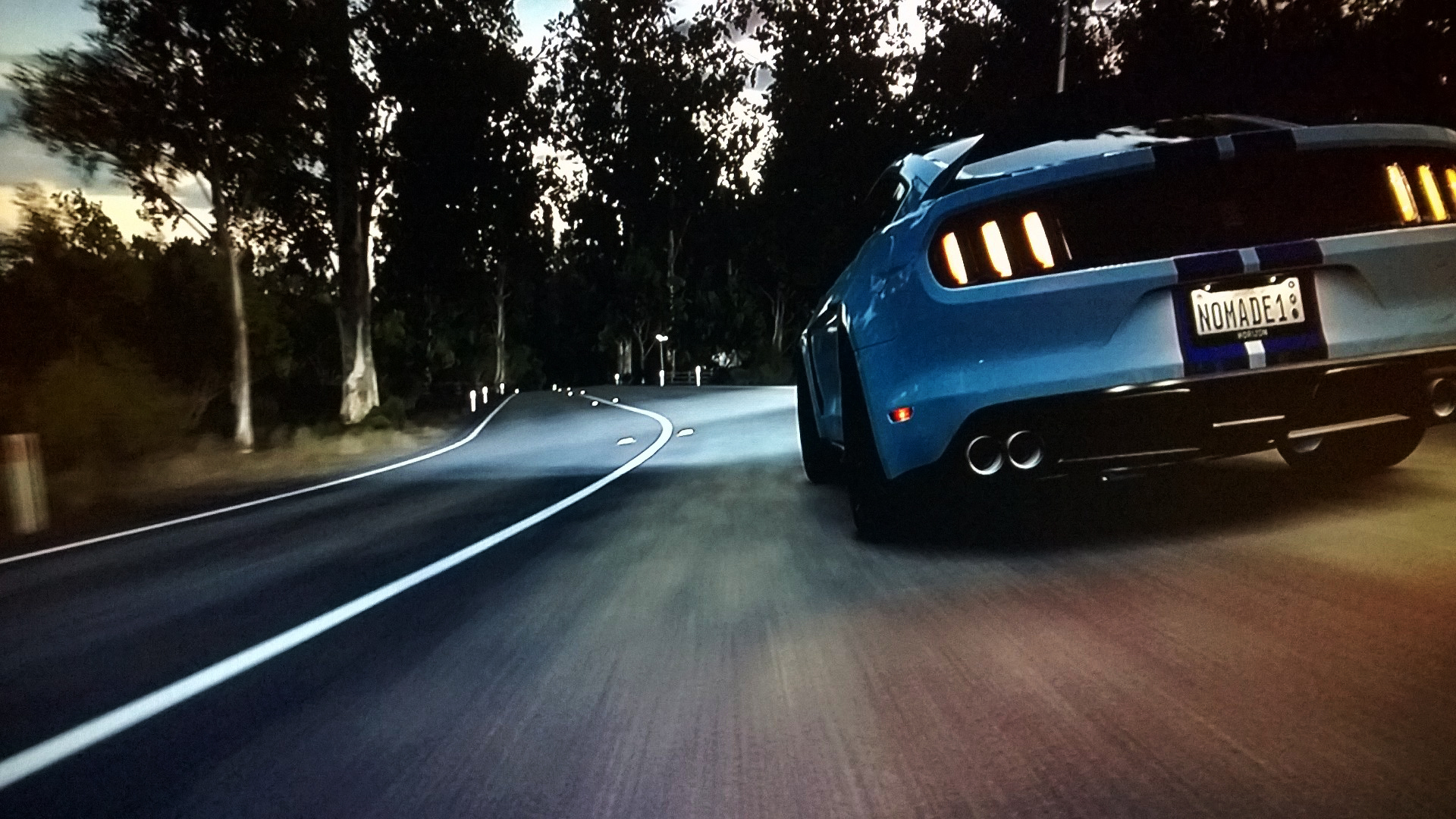 Forza Horizon 3 - demo - screen - GT350R - speed rear on the road