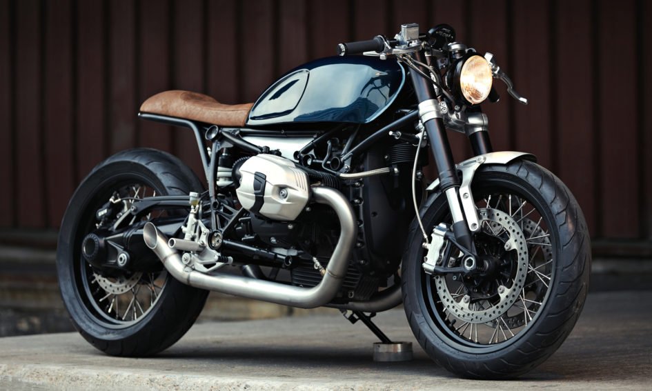 Bmw r nine t by clutch motorcycles haute couture for Garage preparation moto