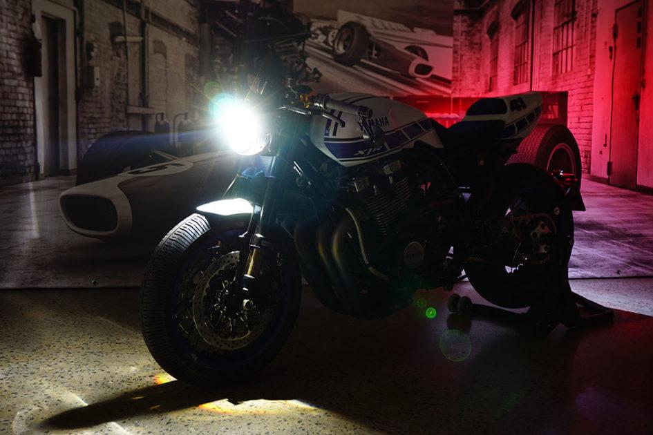 Motorrad Klein RONIN XJR1300 Umbau 2016 - dark light