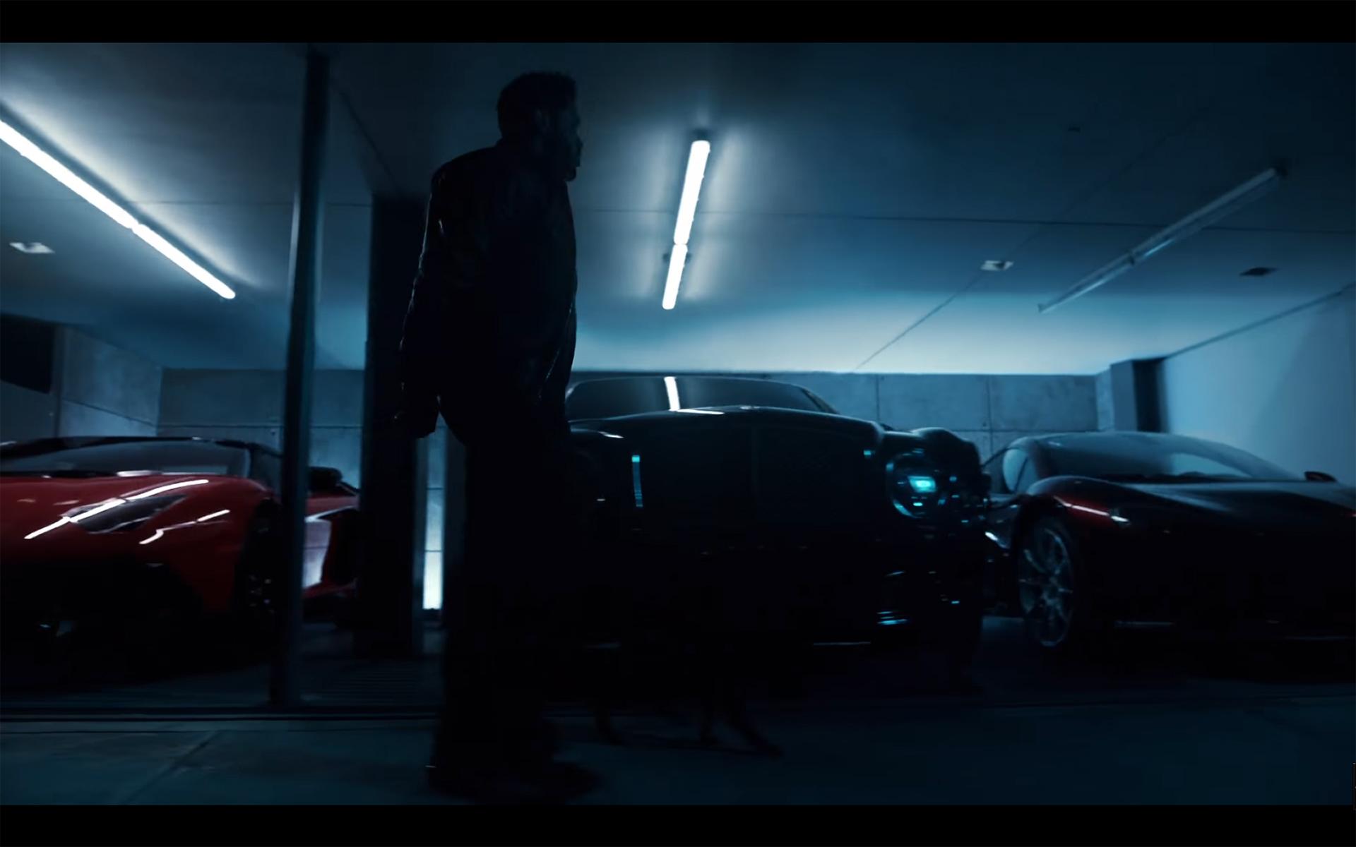 Starboy - The Weeknd - cat - McLaren P1 - walking in garage