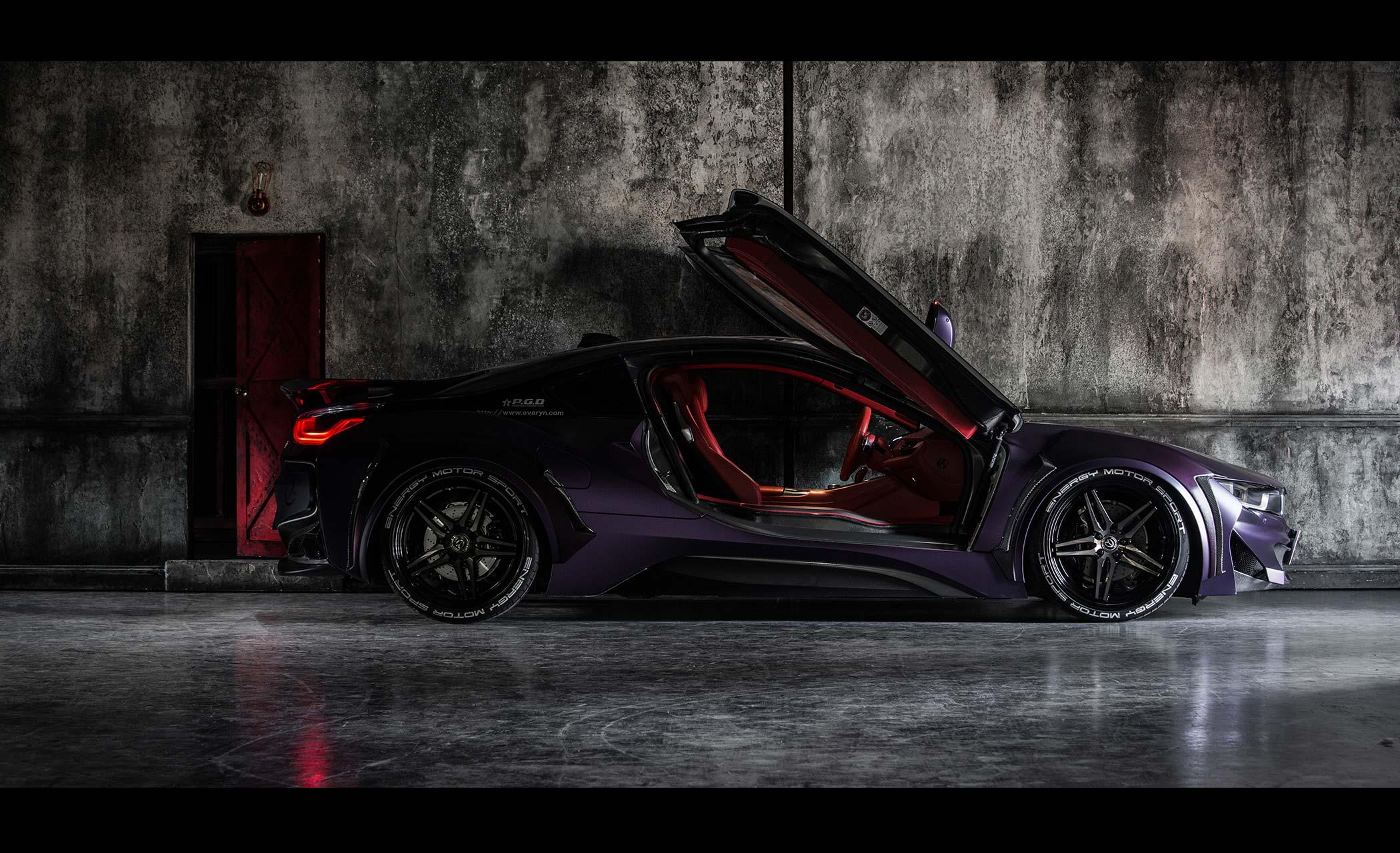 Energy Motorsport - BMW i8 Dark Knight Edition - 2017 - side-face - open doors
