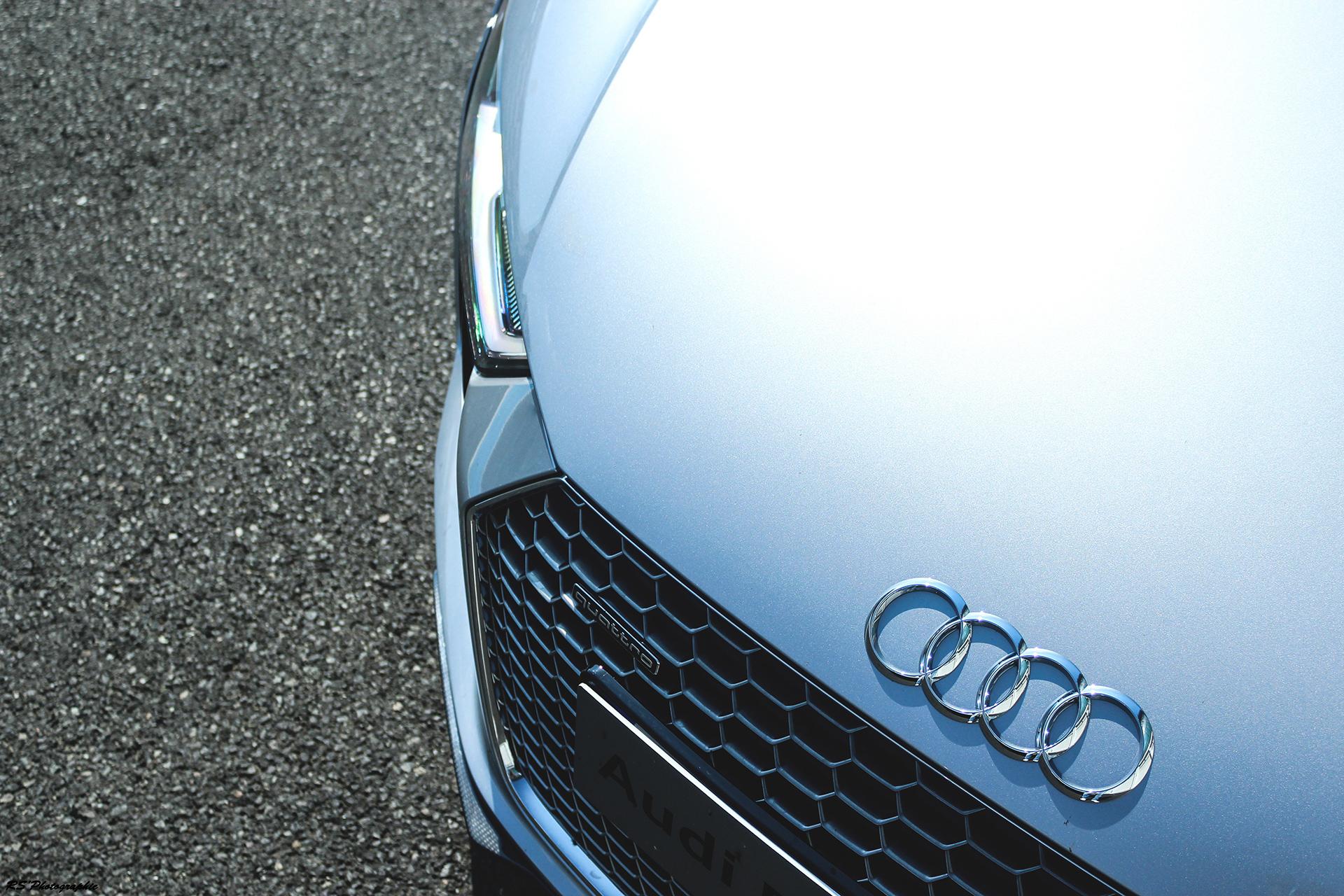 Audi R8 V10 Plus - capot avant / front hood - photo Arnaud Demasier