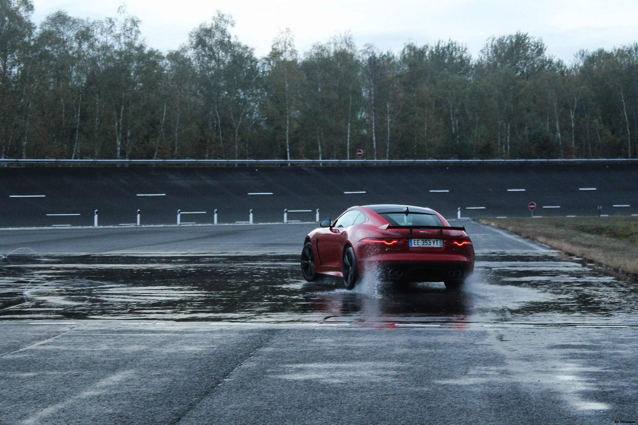 Airplane SVR - wet start - photo Arnaud Demasier - RS Photographie
