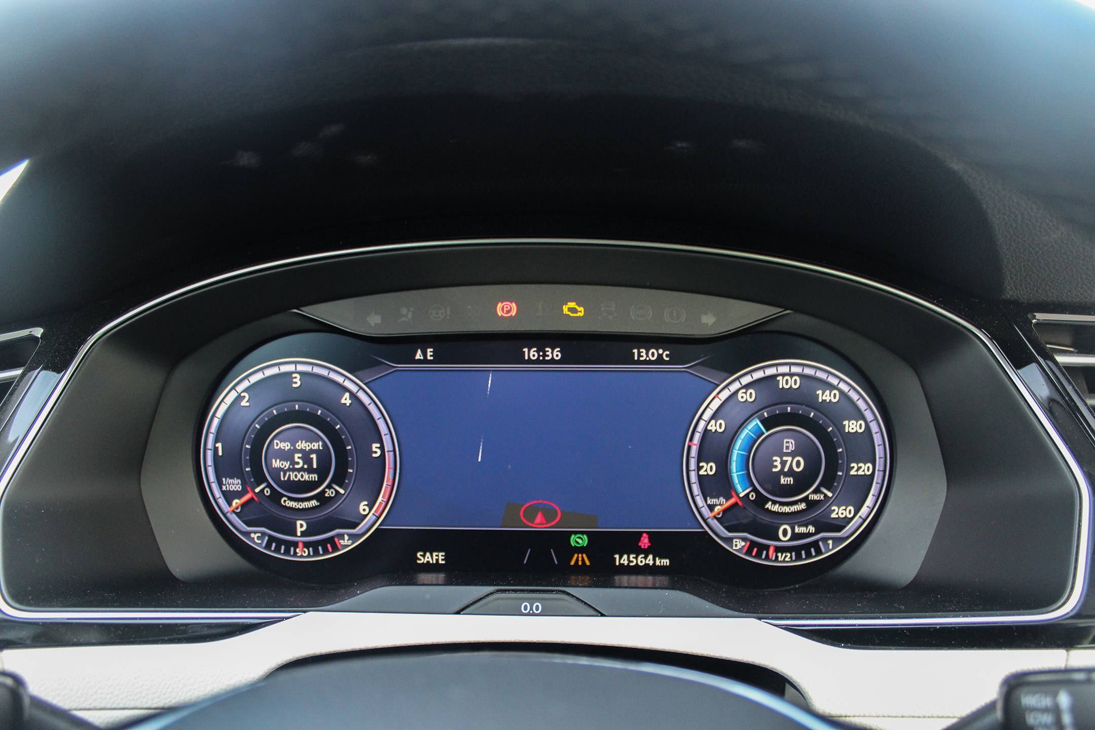 vwpassatsw6-volkswagen-passat-sw-ecran digital-digital screen-arnaud-demasier-rsphotographie