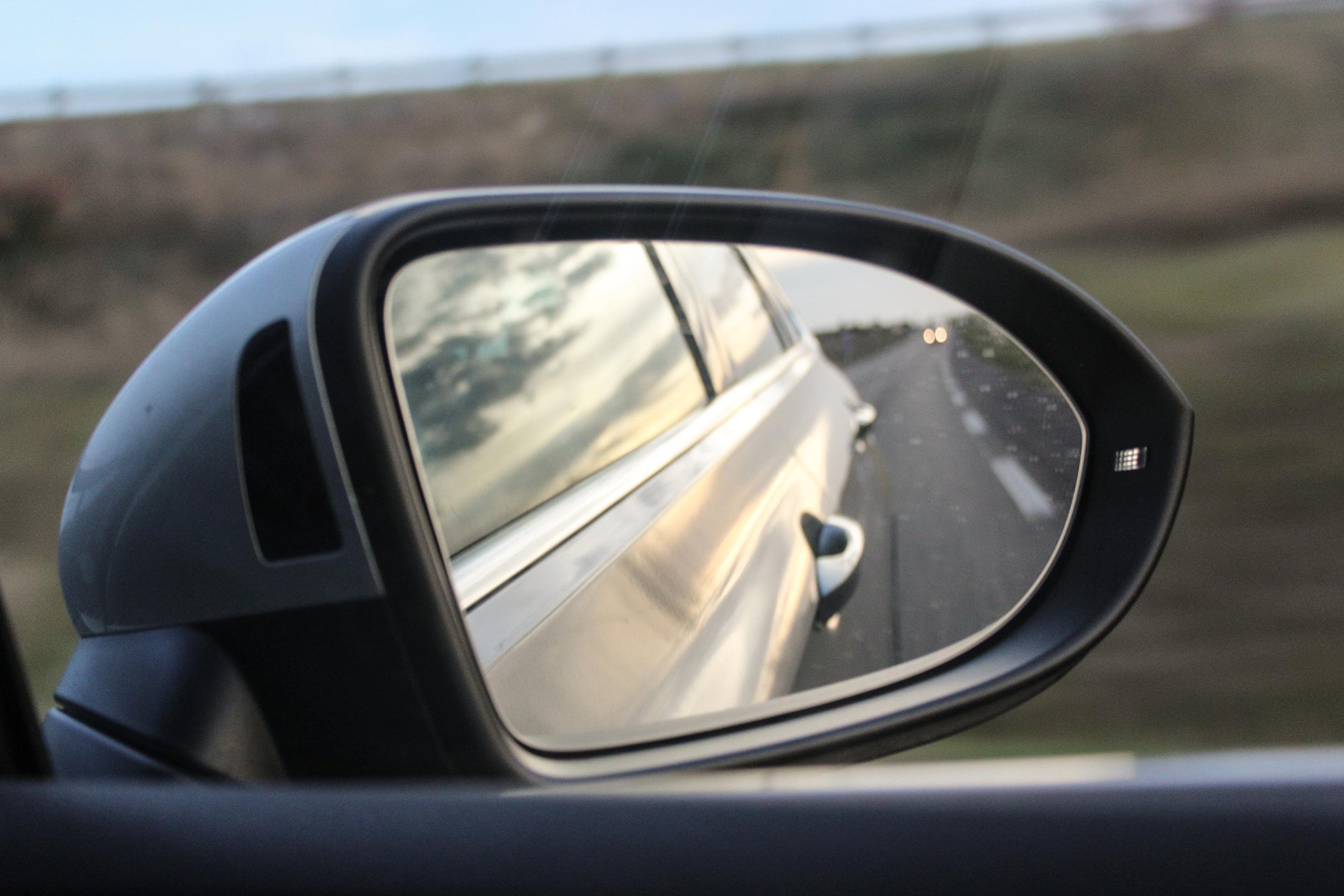 vwpassatsw39-volkswagen-passat-sw-profil-side face-arnaud-demasier-rsphotographie